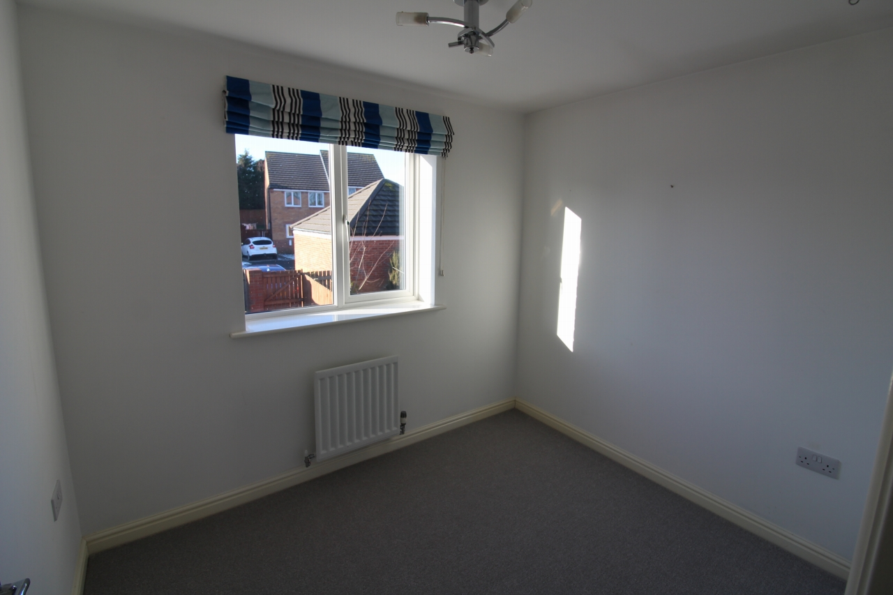 4 bedroom detached house Sale Agreed in County Durham - Photograph 8