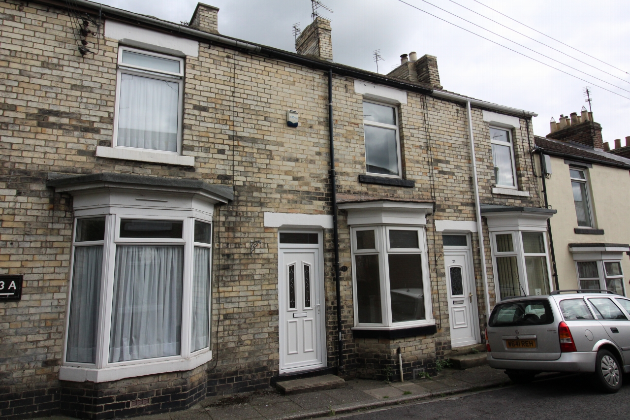 2 bedroom mid terraced house Let in Crook - Photograph 1.