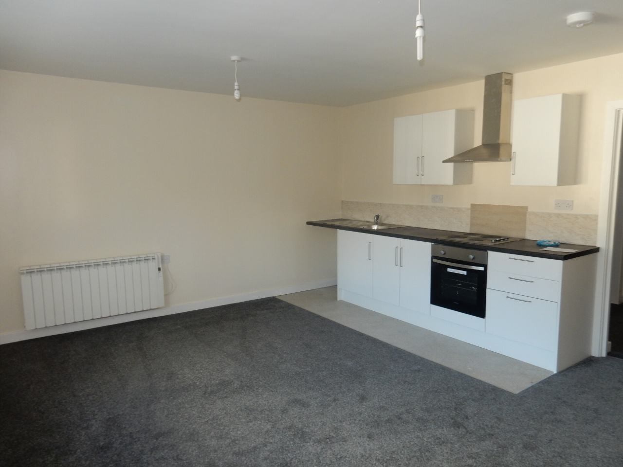 1 bedroom apartment flat/apartment To Let in Crook - Photograph 1.