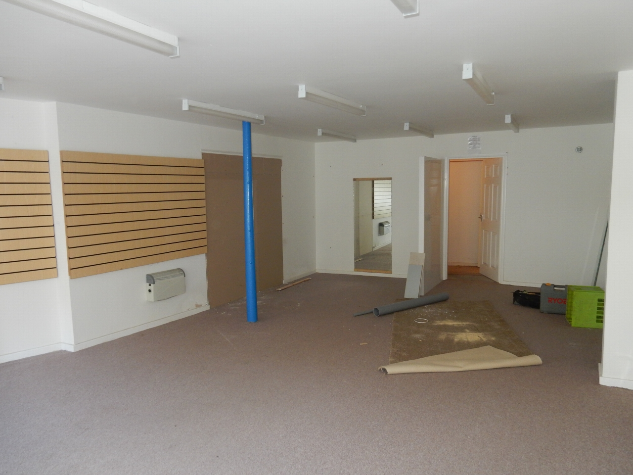Shop Let Agreed in Crook - Photograph 3.