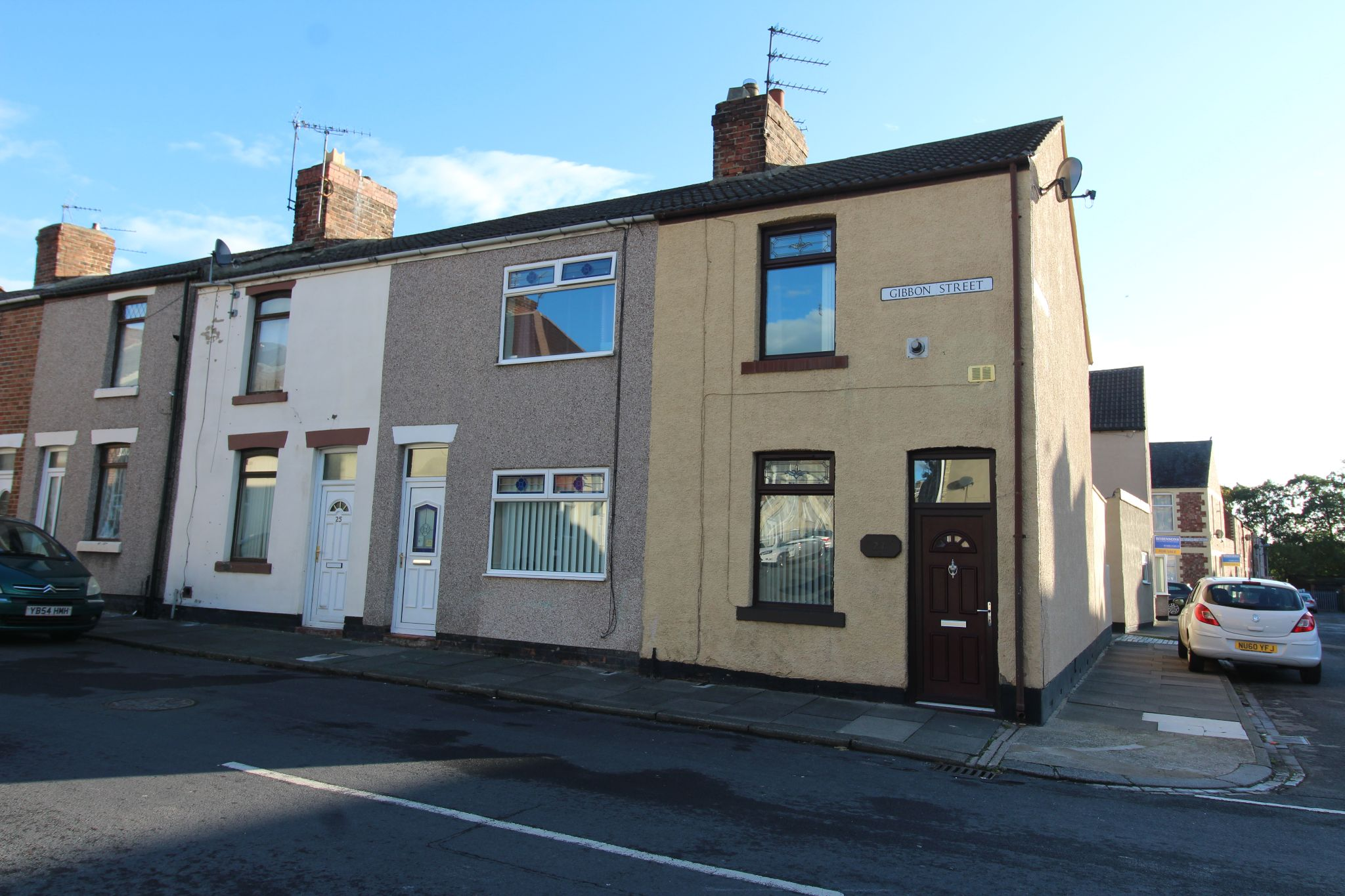2 bedroom mid terraced house Let in Durham - Photograph 1.