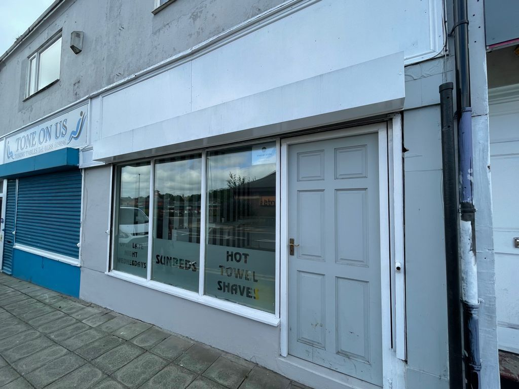 Retail To Let in Durham - Photograph 1.