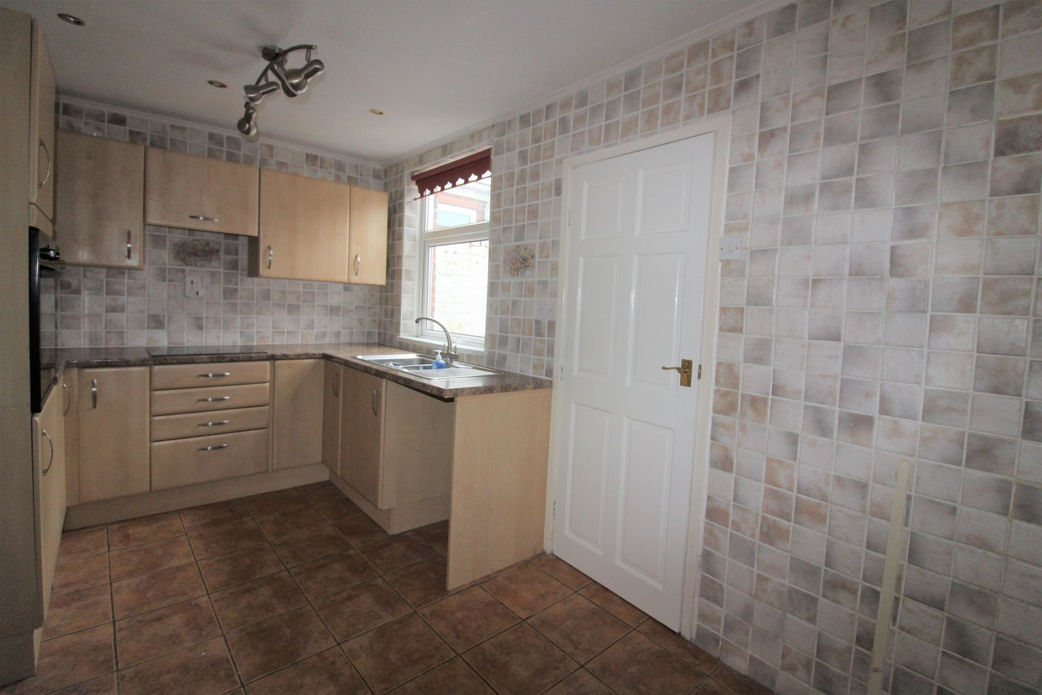 3 bedroom end terraced house For Sale in Willington And Hunwick - Photograph 38.