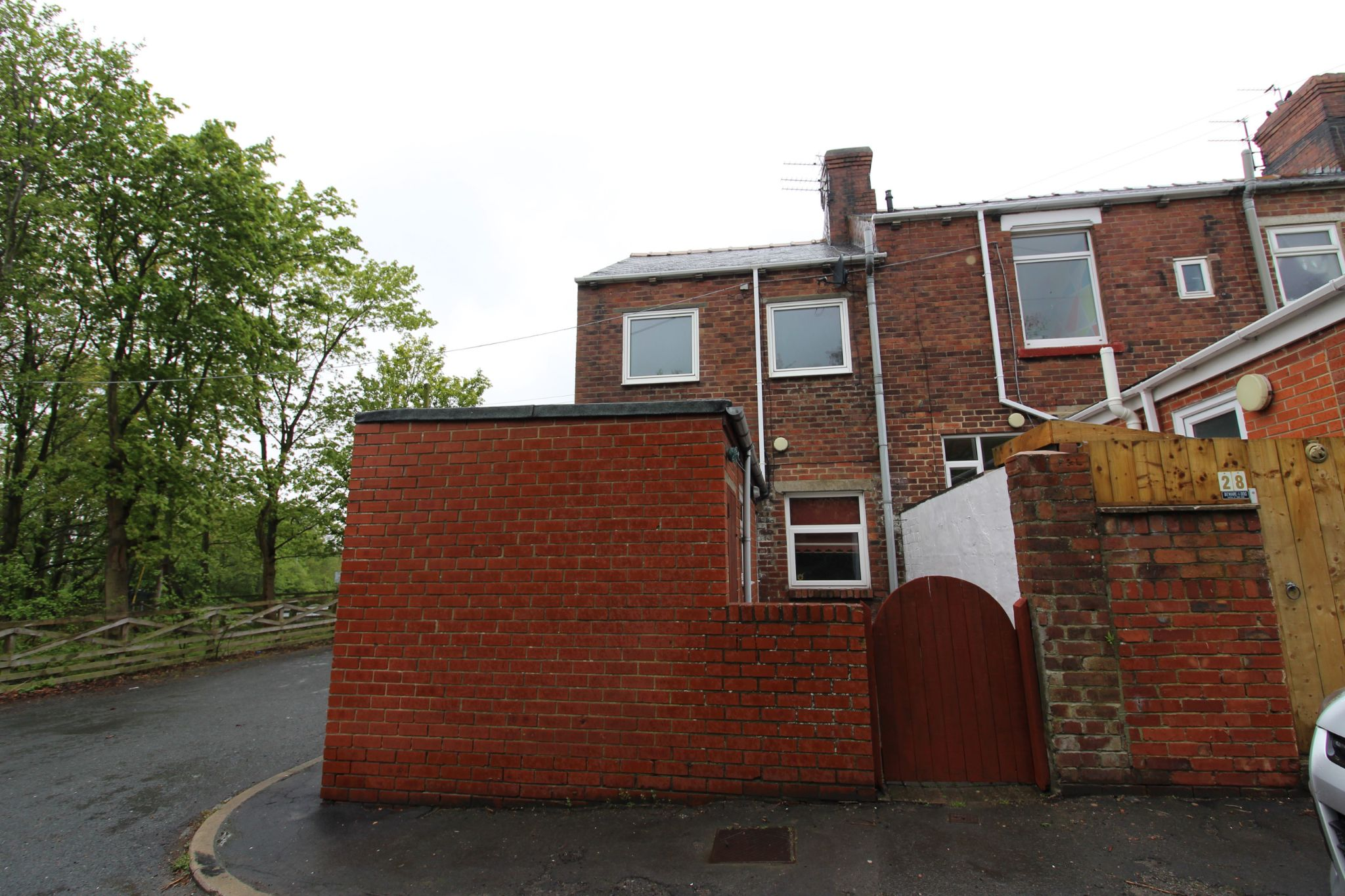 3 bedroom end terraced house For Sale in Willington And Hunwick - Photograph 25.