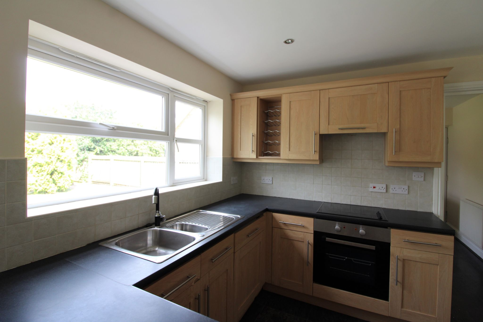 7 bedroom detached house Sale Agreed in Sunniside - Photograph 46.