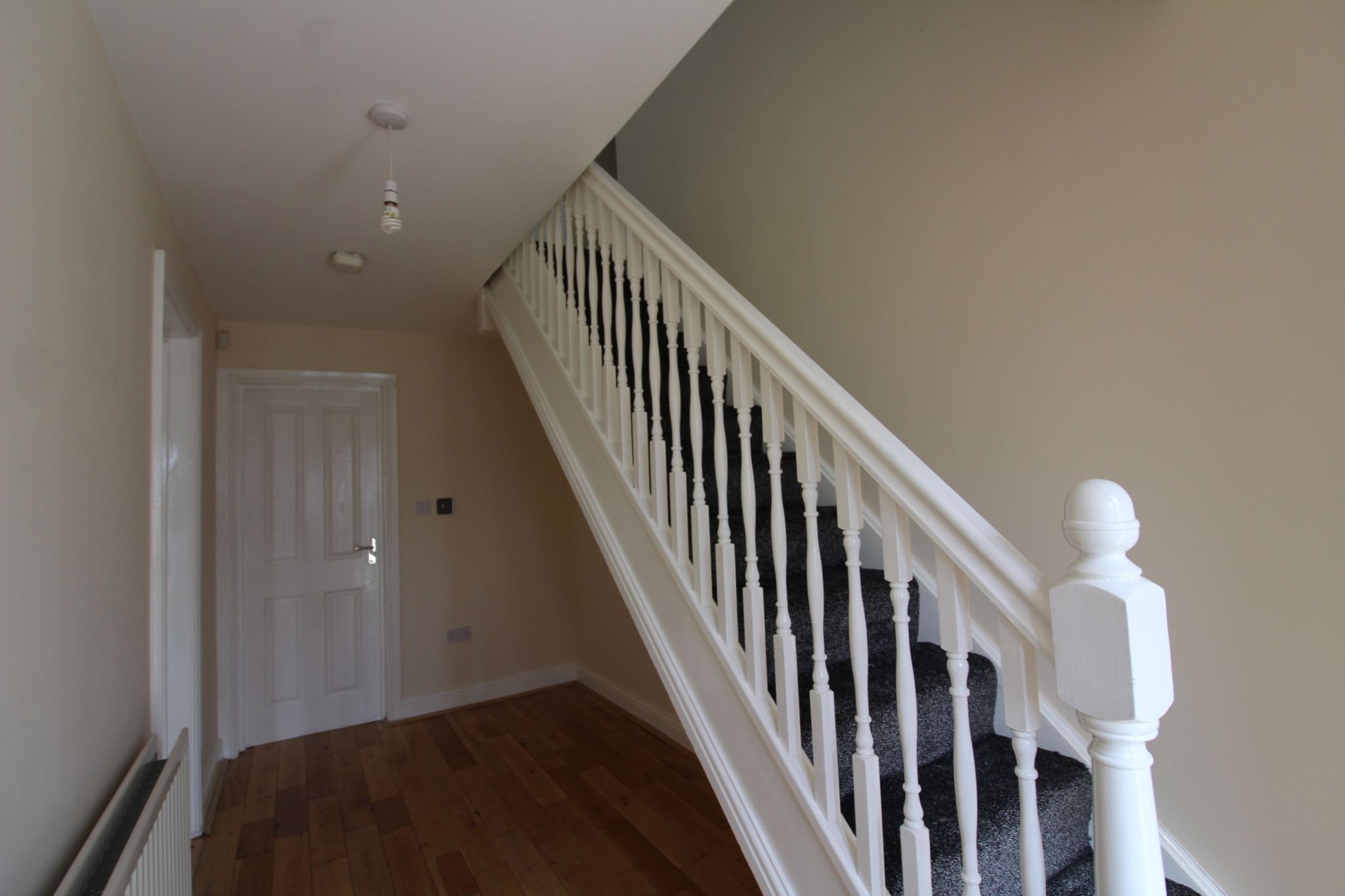 7 bedroom detached house Sale Agreed in Sunniside - Entrance Hall.