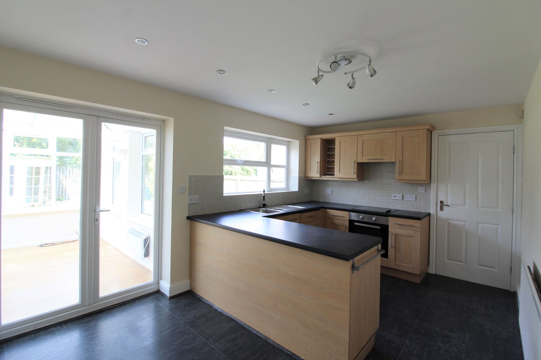7 bedroom detached house Sale Agreed in Sunniside - Photograph 15.