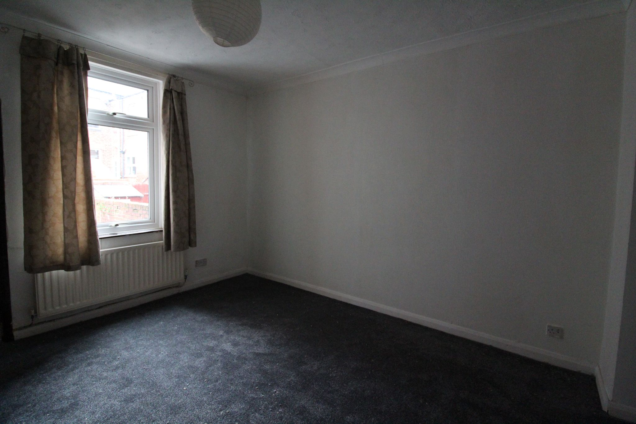 2 bedroom mid terraced house Let in Bishop Auckland - Photograph 7.
