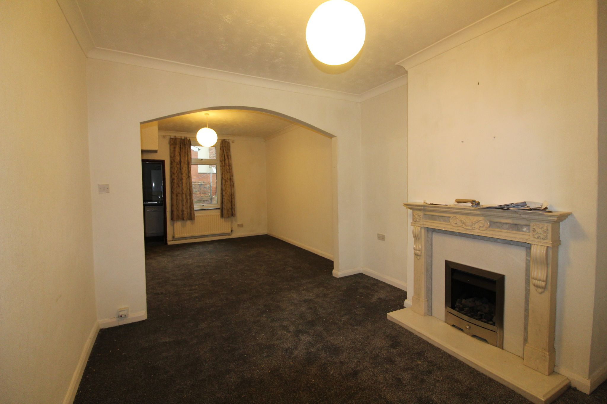 2 bedroom mid terraced house Let in Bishop Auckland - Photograph 9.