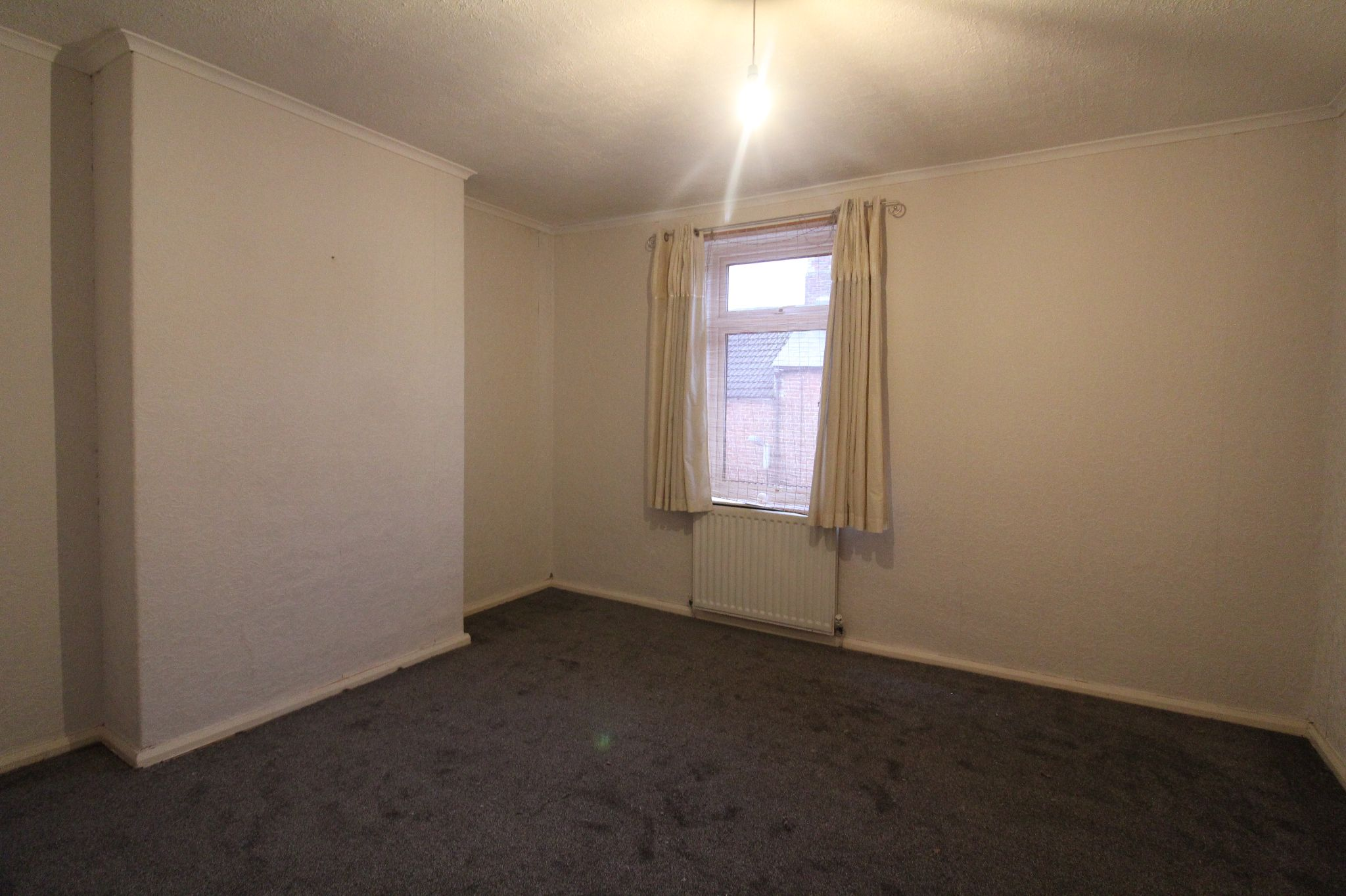 2 bedroom mid terraced house Let in Bishop Auckland - Photograph 25.
