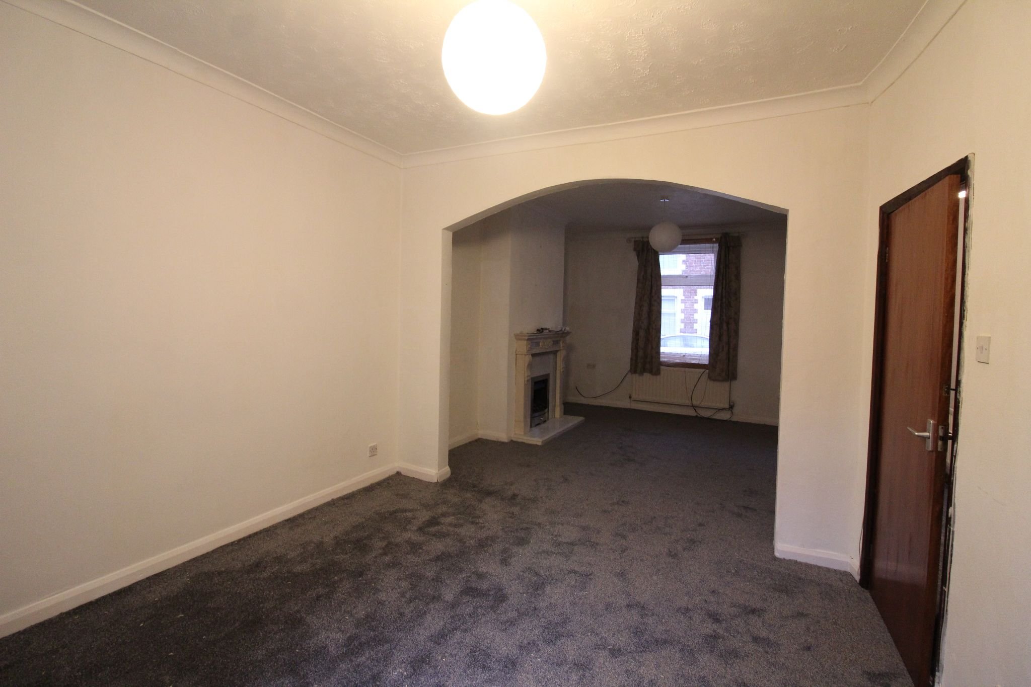 2 bedroom mid terraced house Let in Bishop Auckland - Photograph 5.