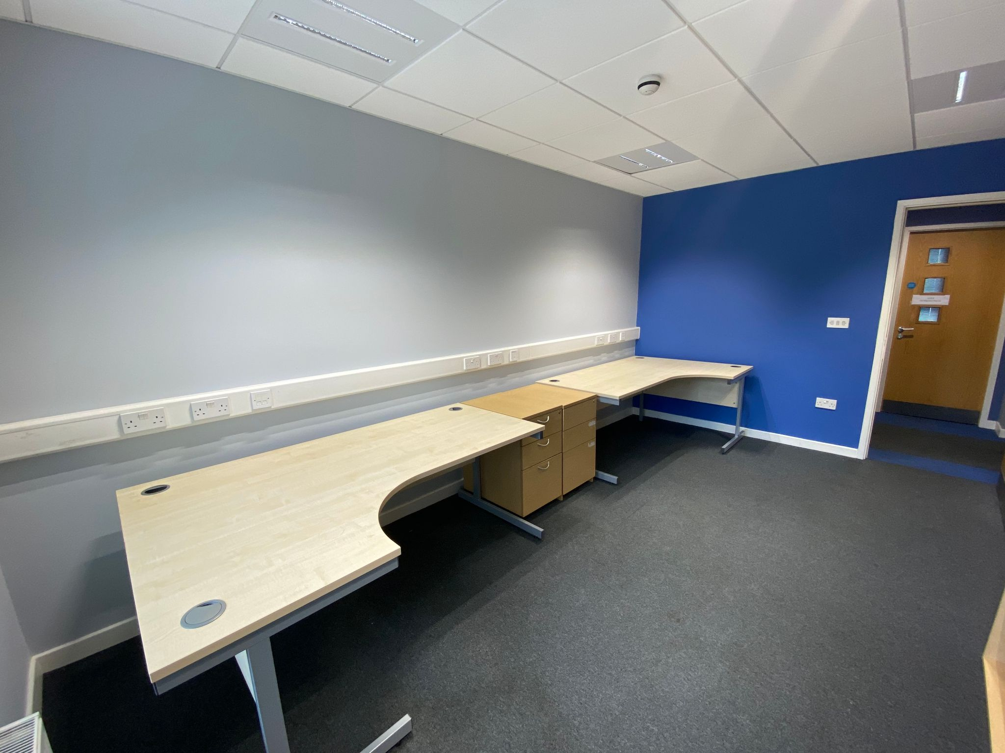 Serviced Offices To Let in Meadowfield Industrial Estate - Property photograph.