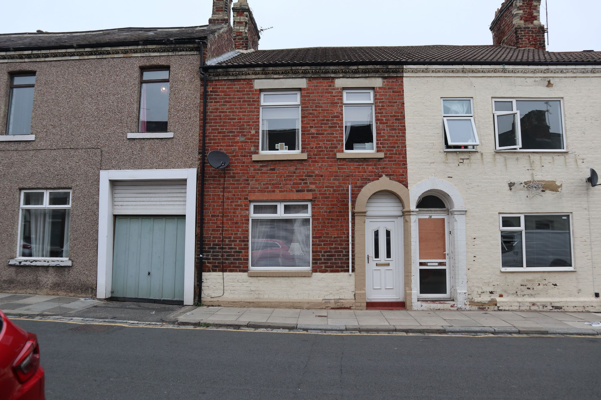 3 bedroom mid terraced house Available in Durham - Photograph 1.
