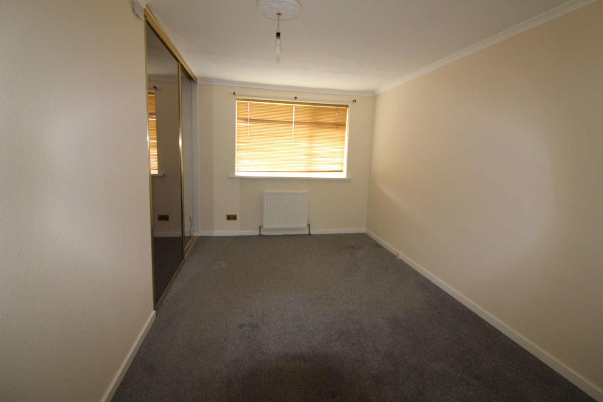 2 bedroom mid terraced house For Sale in Durham - Photograph 11.