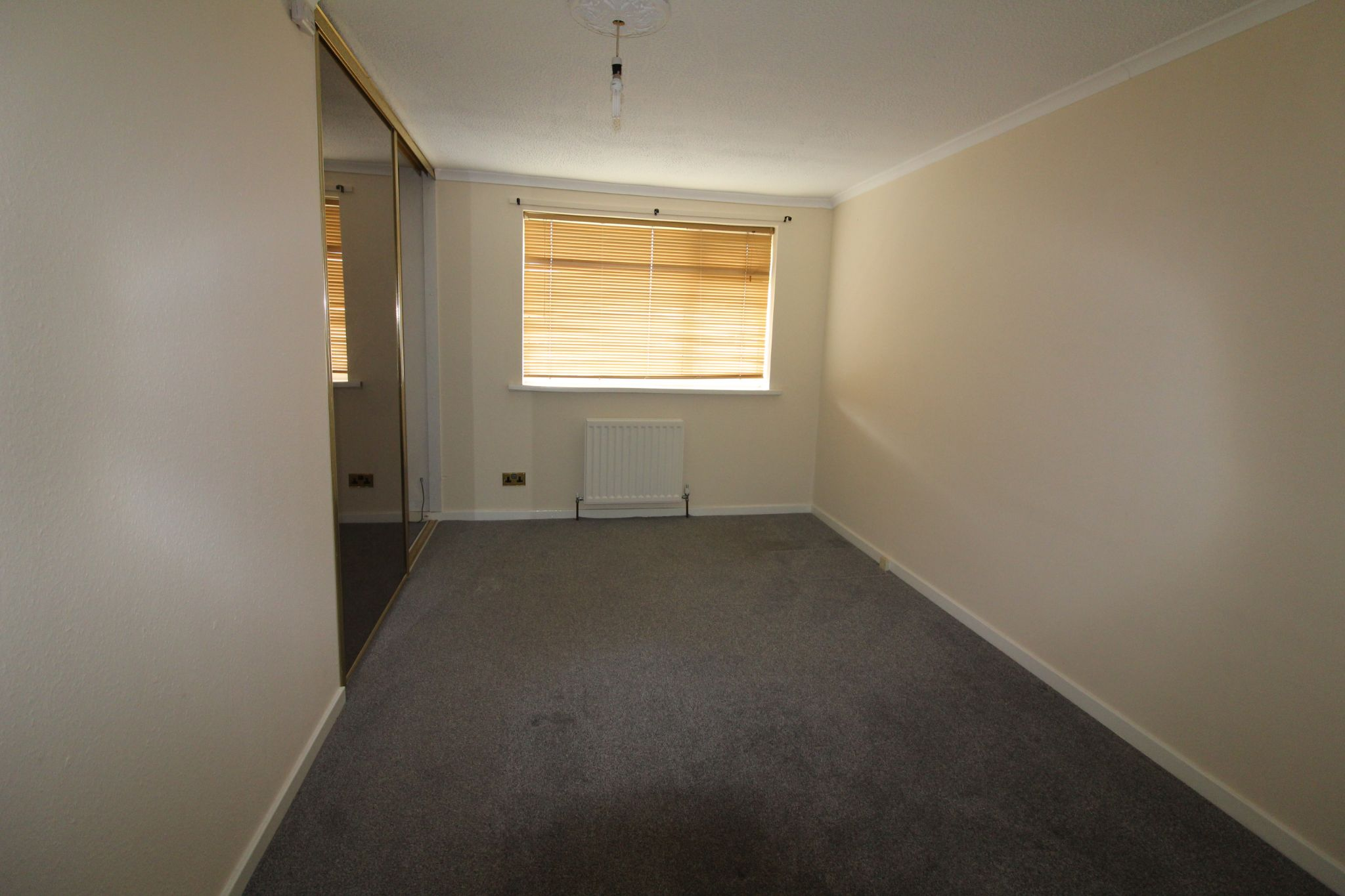 2 bedroom mid terraced house For Sale in Durham - Photograph 10.