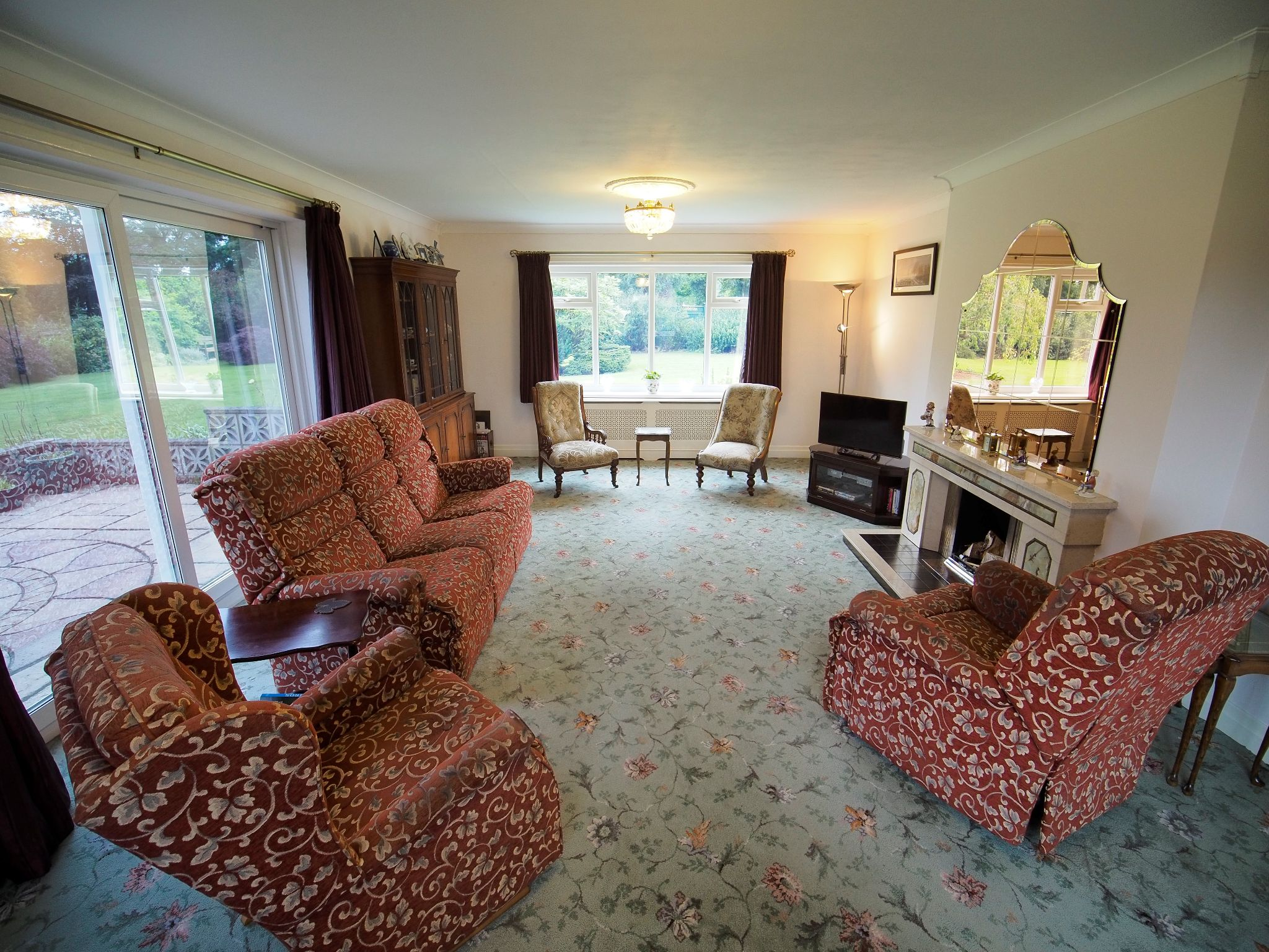 4 bedroom detached house For Sale in Willington - Large Lounge.