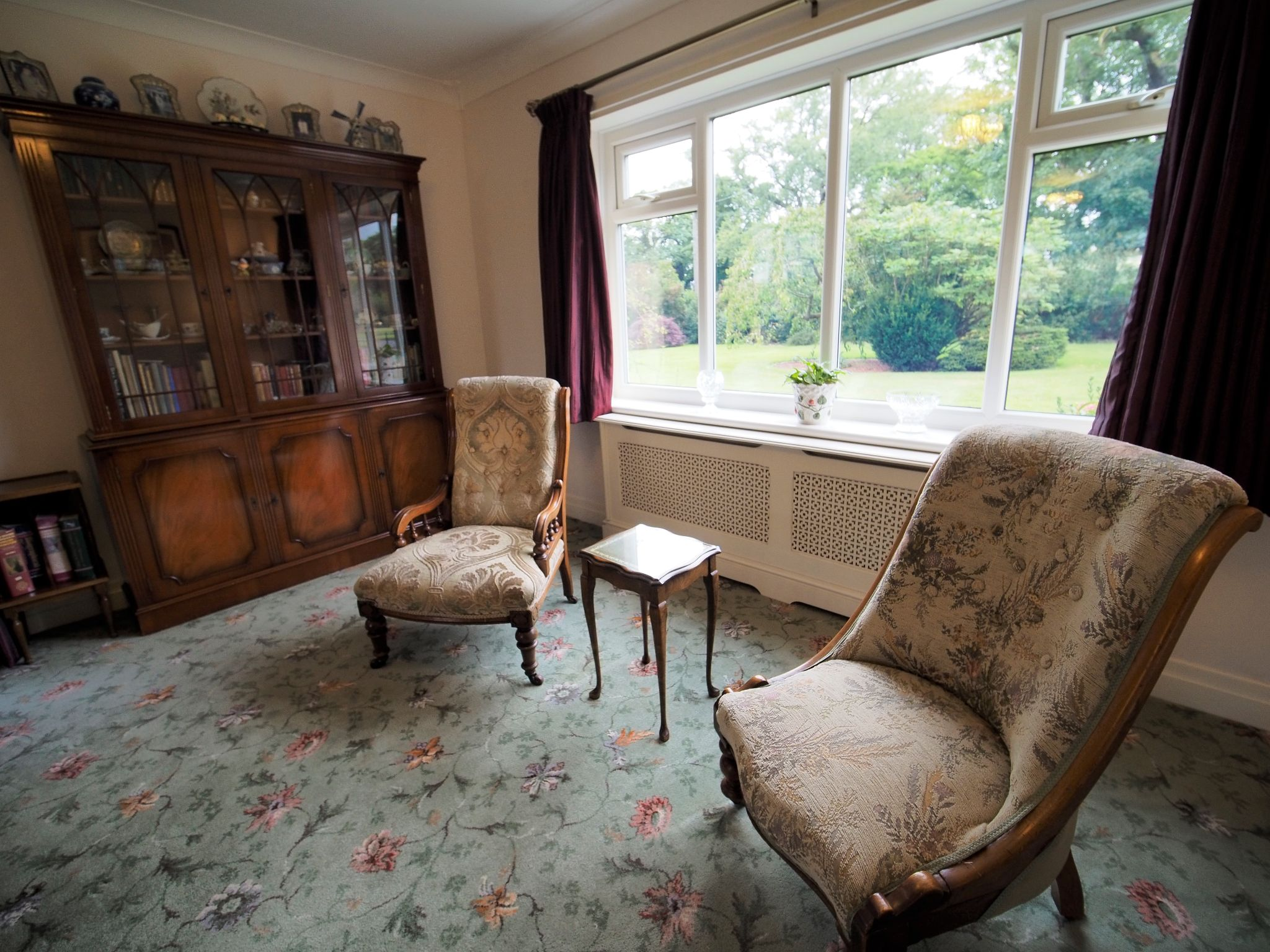 4 bedroom detached house For Sale in Willington - Lounge.