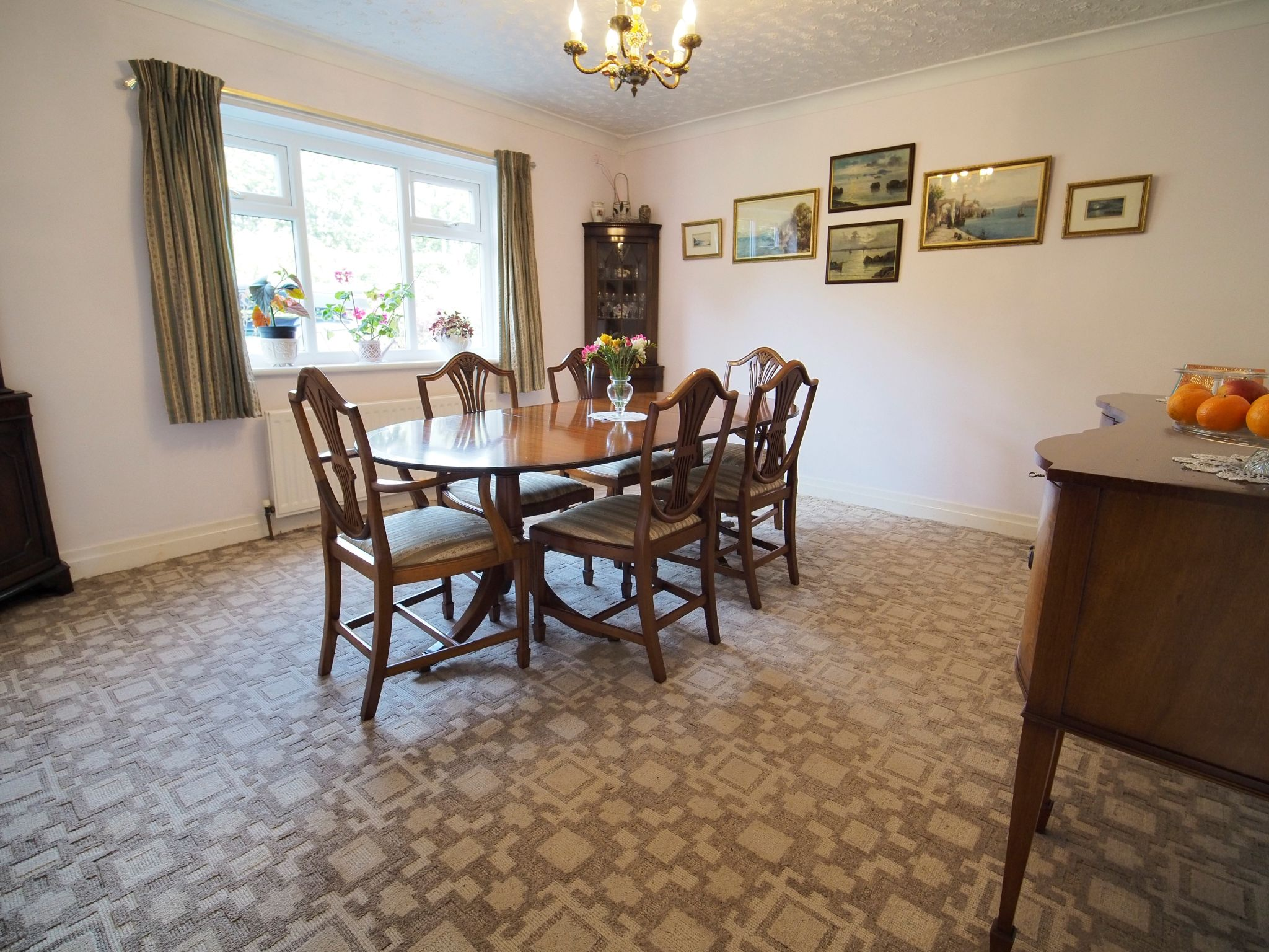 4 bedroom detached house For Sale in Willington - Separate Dining Room.