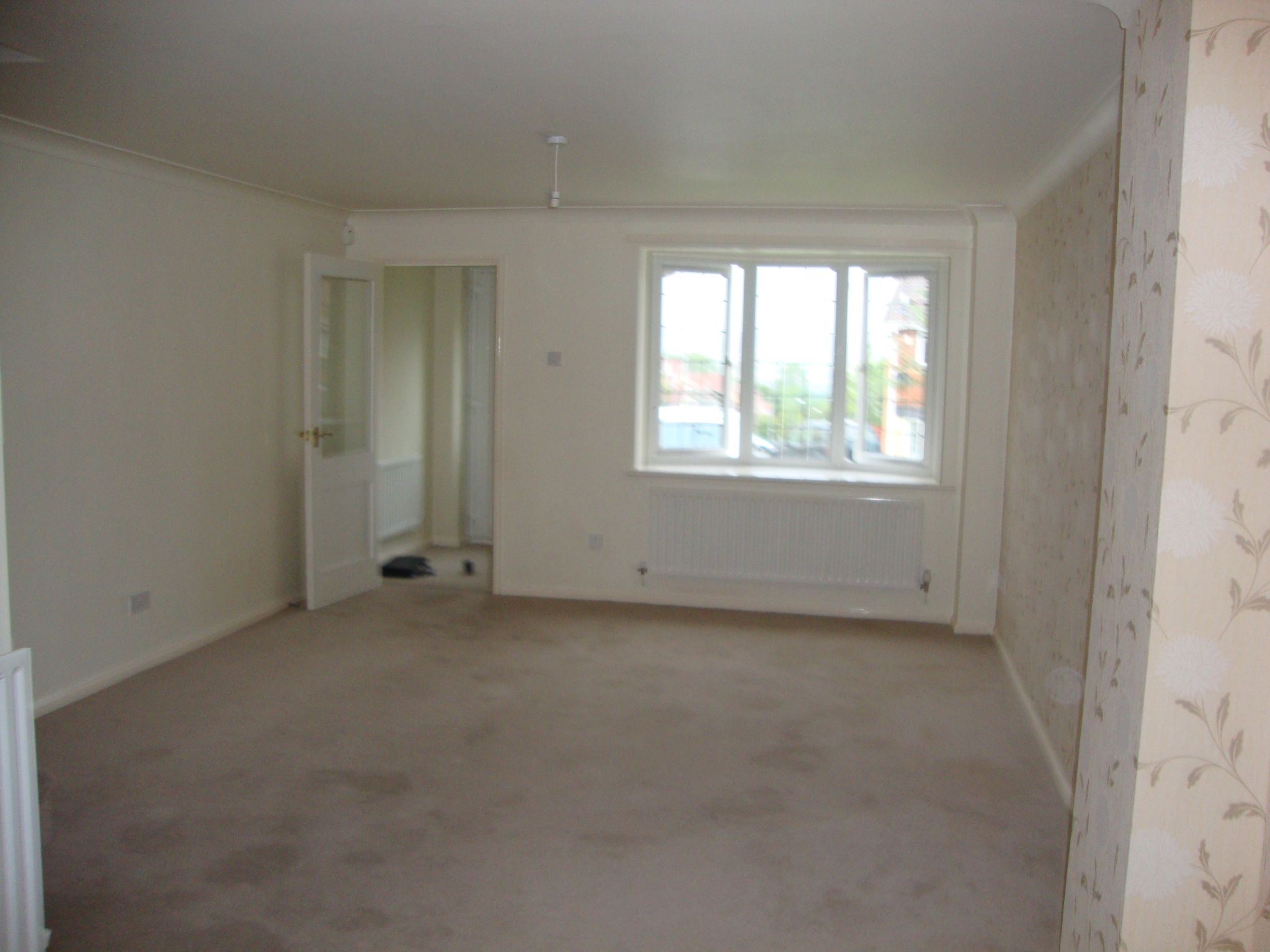 4 bedroom detached house For Sale in Durham - Lounge/Dining.