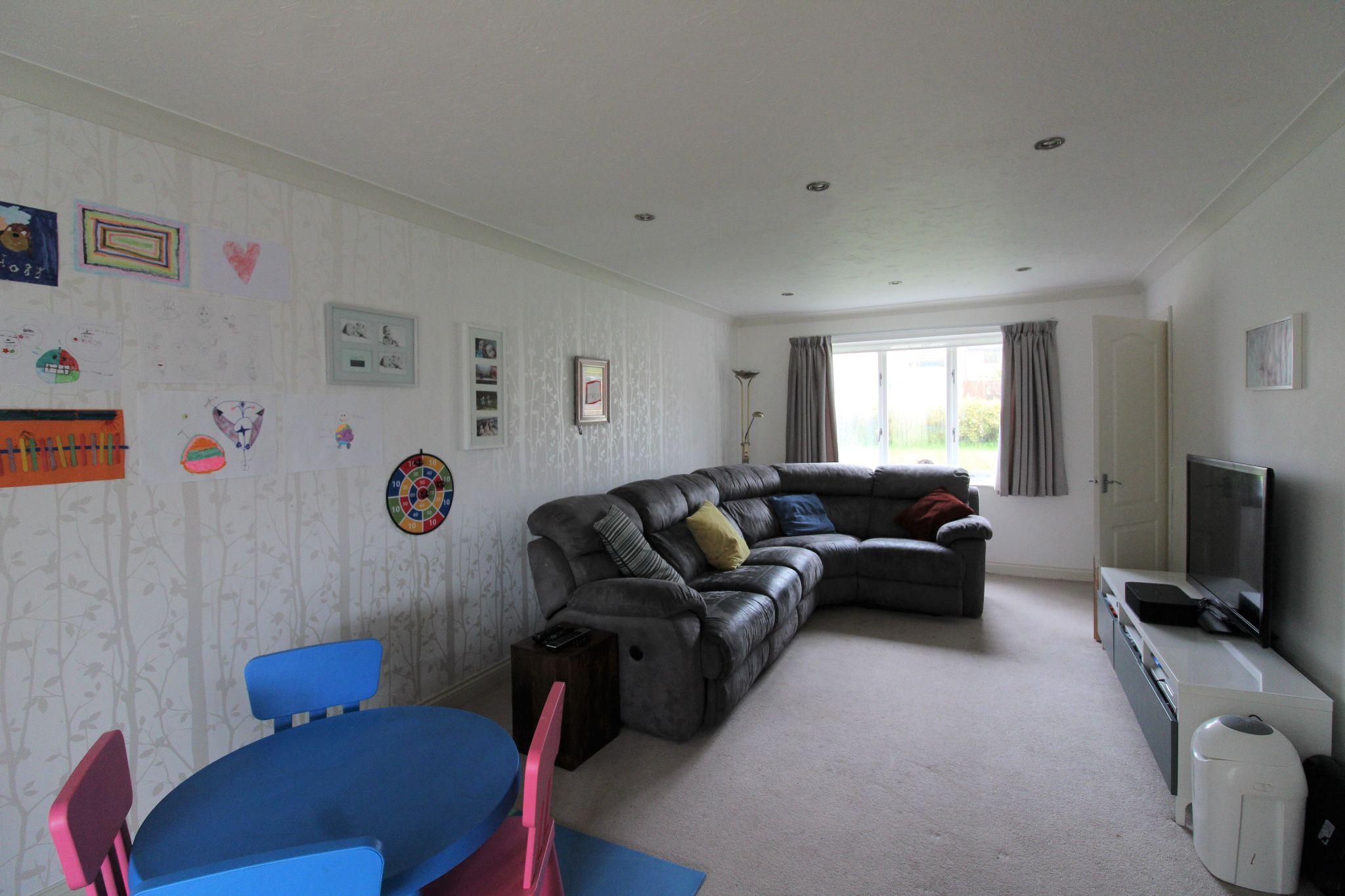 4 bedroom detached house Sale Agreed in Durham - Living Room.