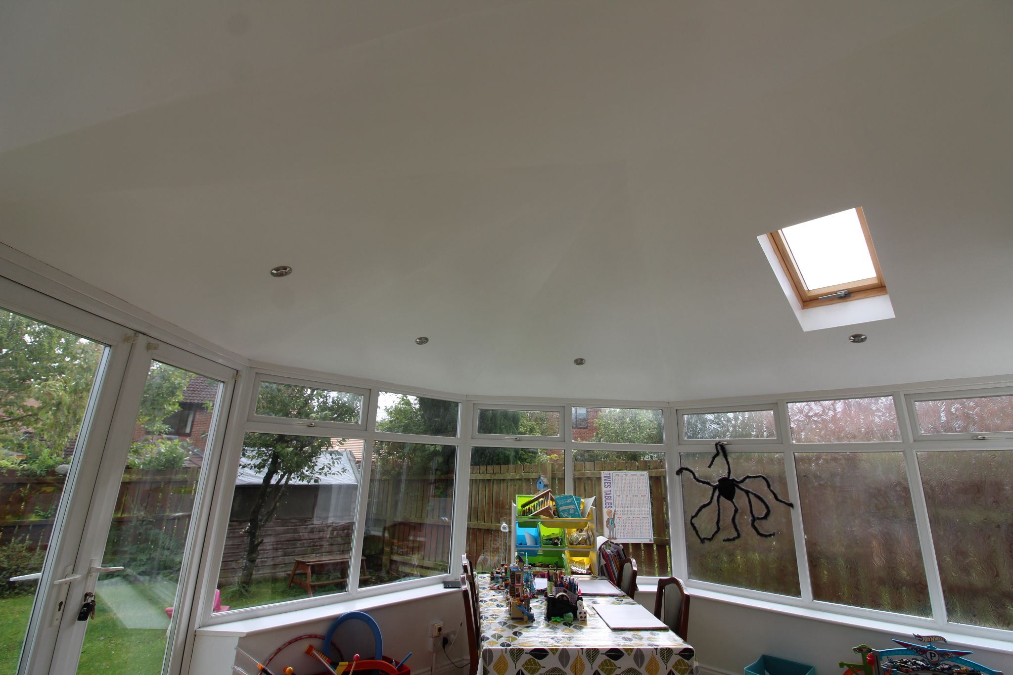 4 bedroom detached house Sale Agreed in Durham - Full roof on conservatory.