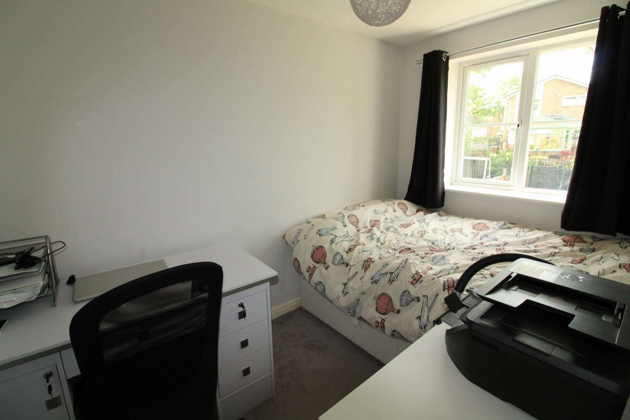 3 bedroom semi-detached house For Sale in Crook - Photograph 6.