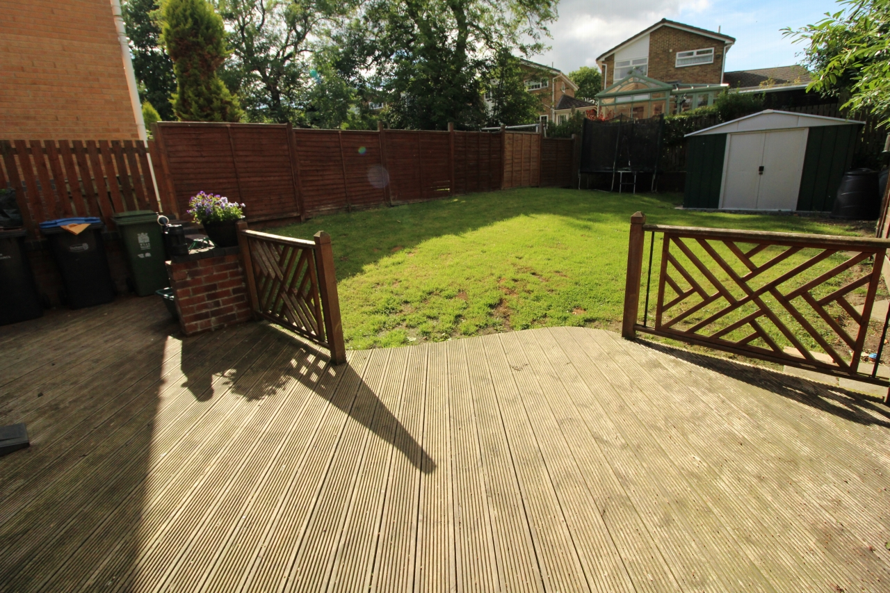 3 bedroom semi-detached house For Sale in Crook - Photograph 9.