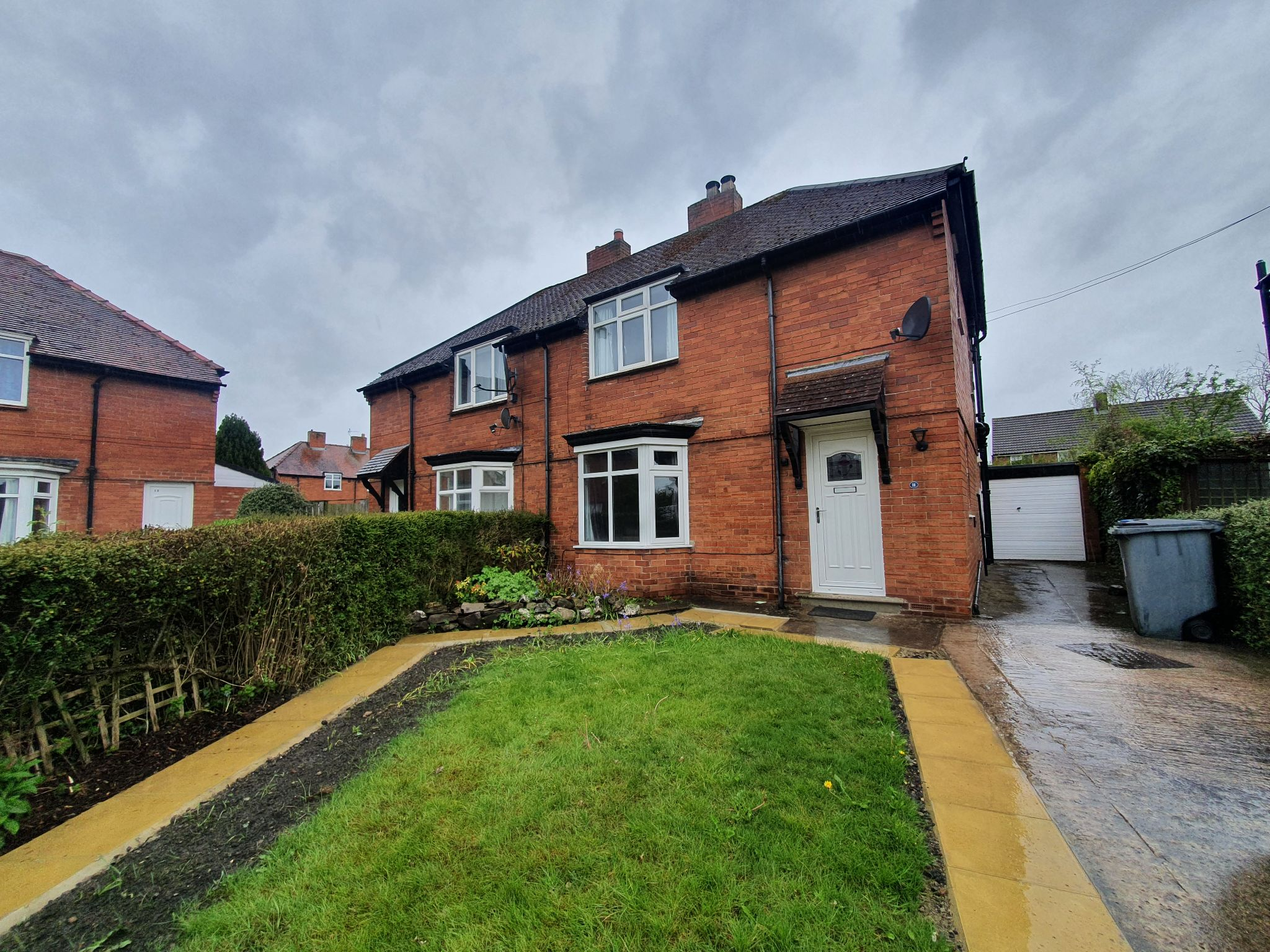 3 bedroom semi-detached house Let Agreed in Durham - Photograph 1.