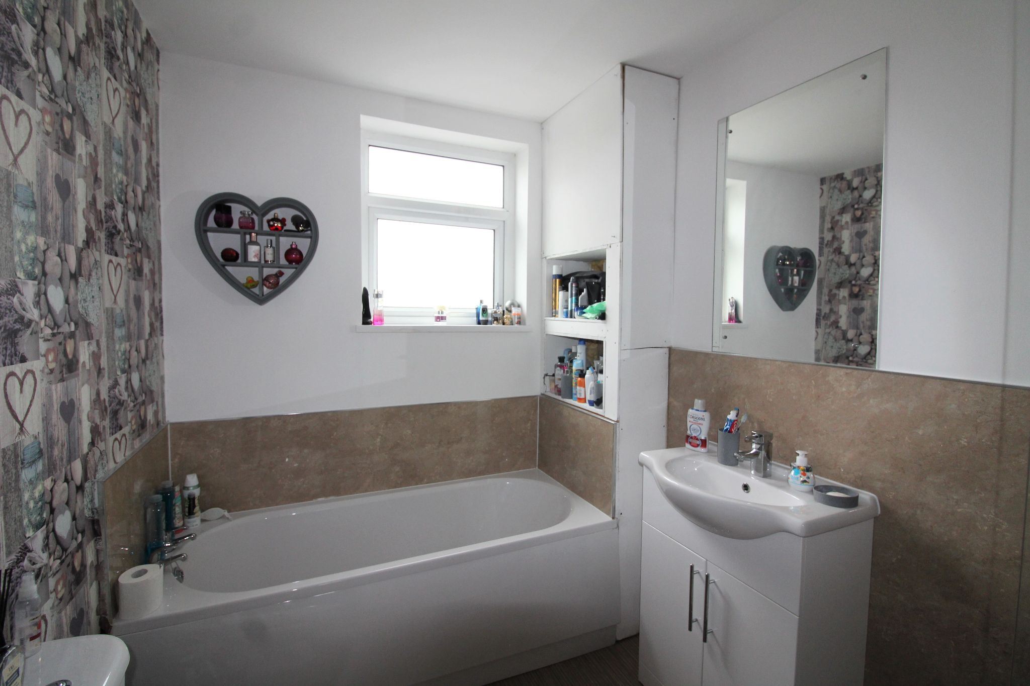 3 bedroom mid terraced house Sale Agreed in Roddymoor - Photograph 21.