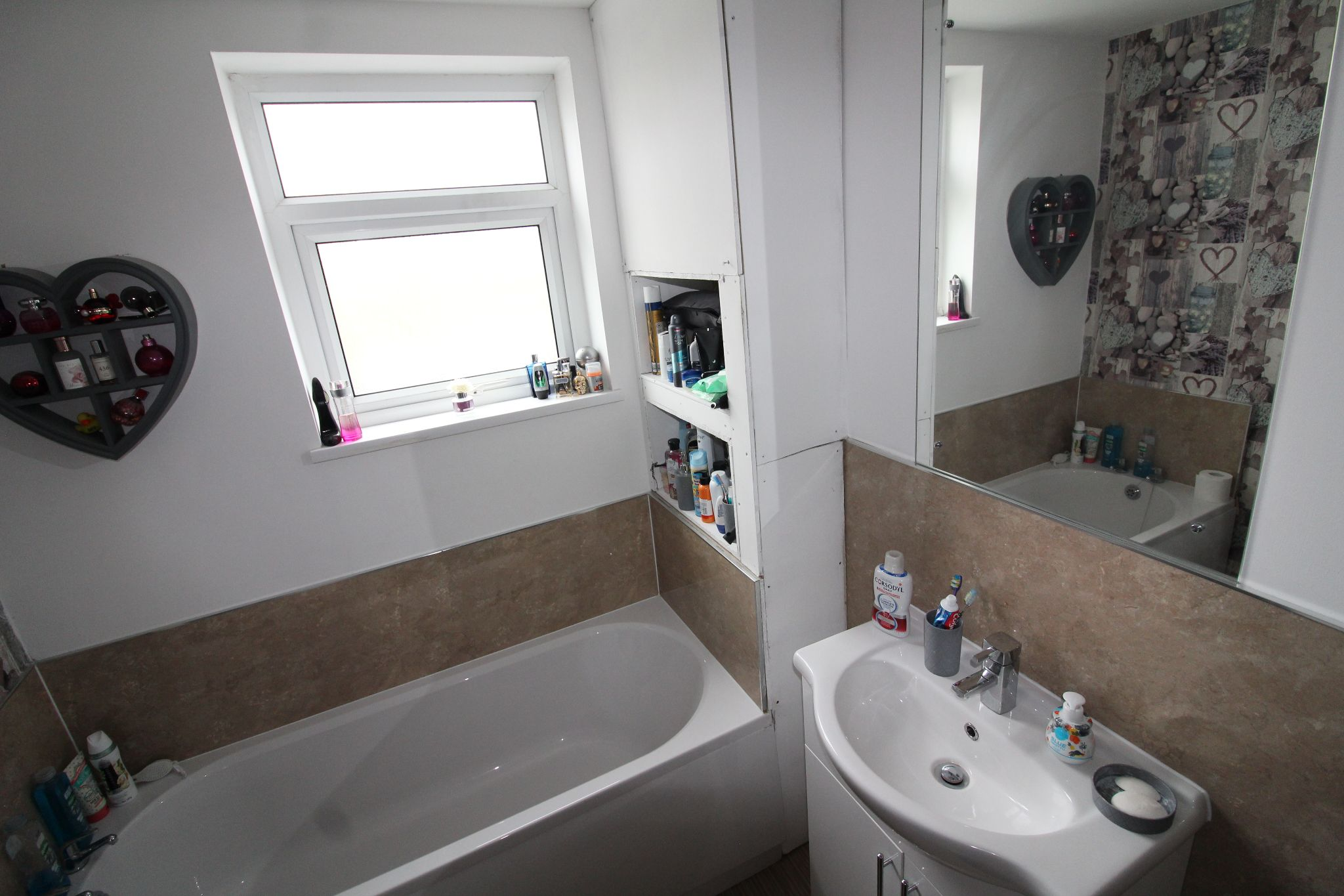 3 bedroom mid terraced house Sale Agreed in Roddymoor - Photograph 22.