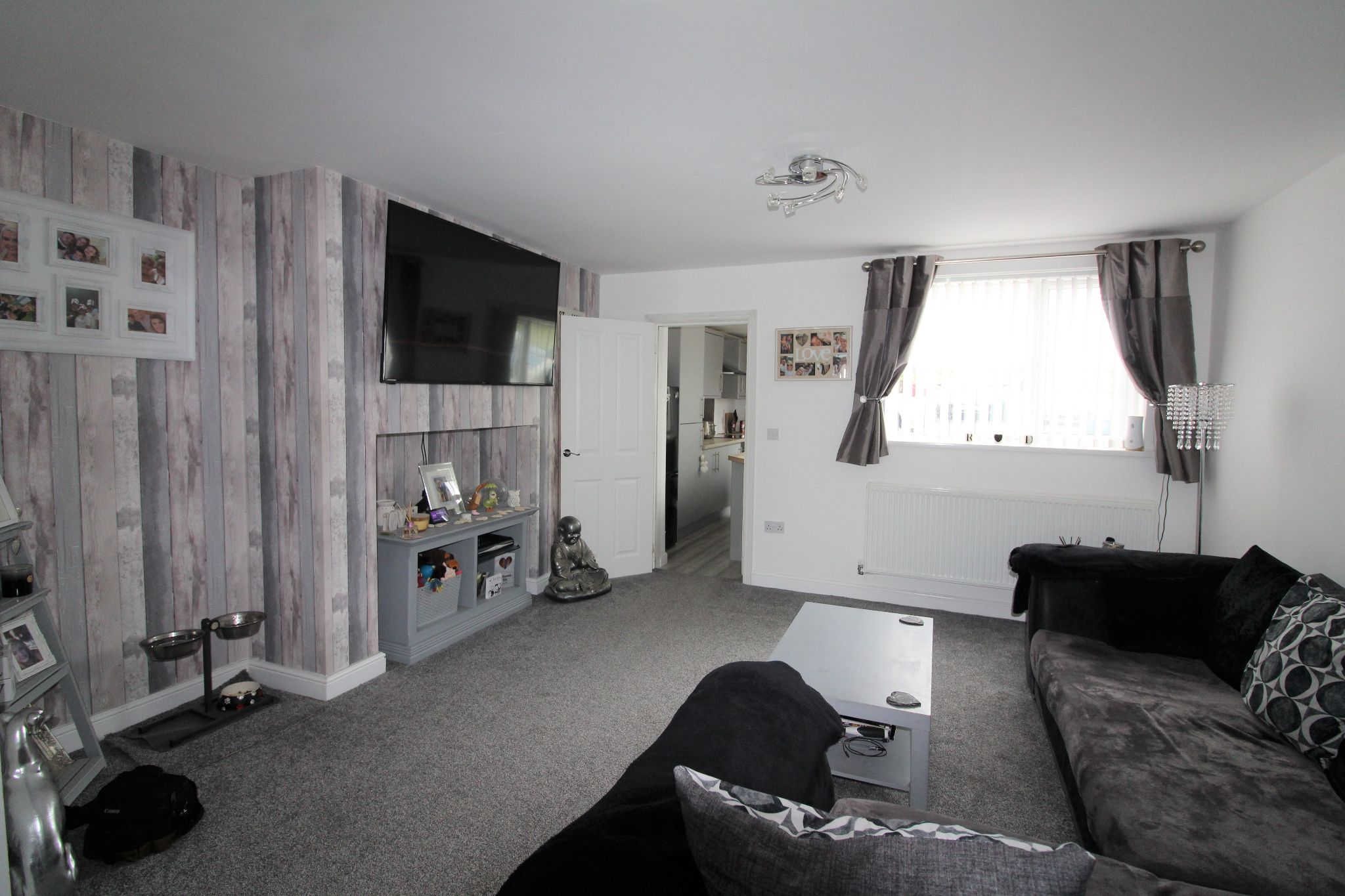 3 bedroom mid terraced house Sale Agreed in Roddymoor - Photograph 7.