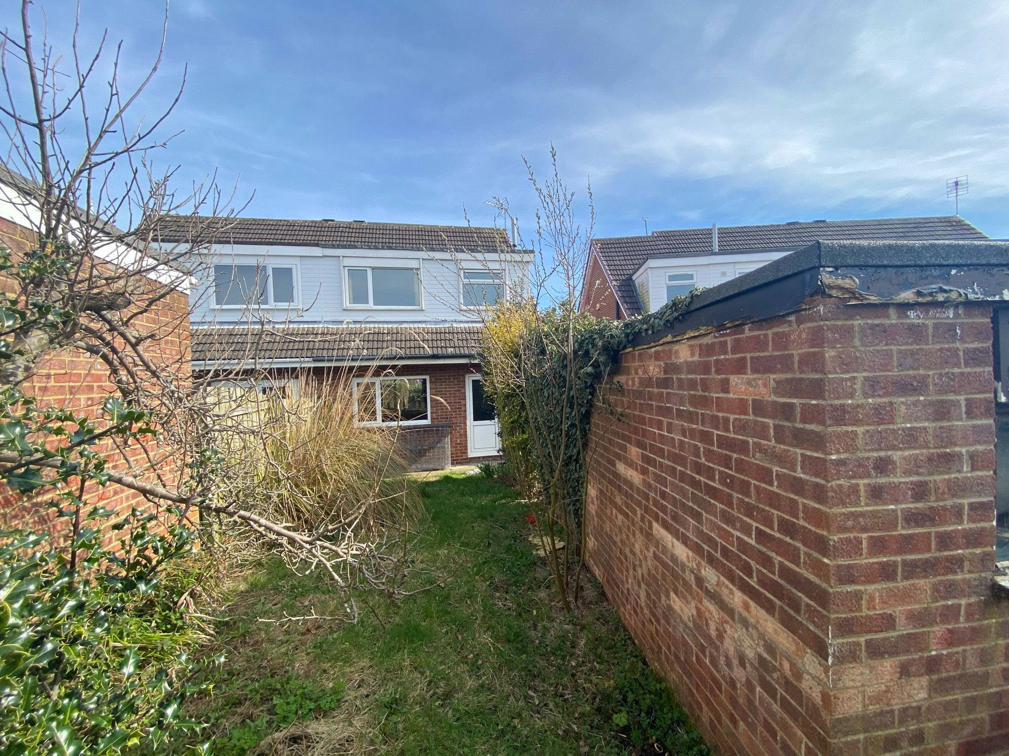 3 bedroom semi-detached house Sale Agreed in Bishop Auckland - Photograph 16.