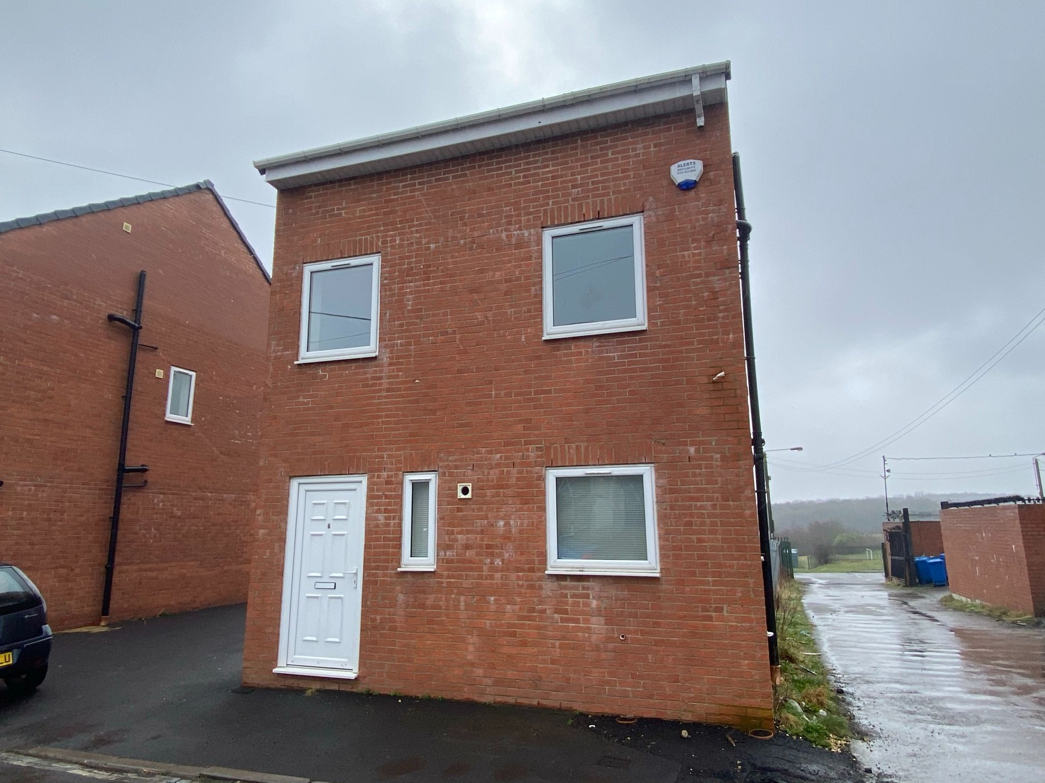 4 bedroom detached house For Sale in Durham - Photograph 2.