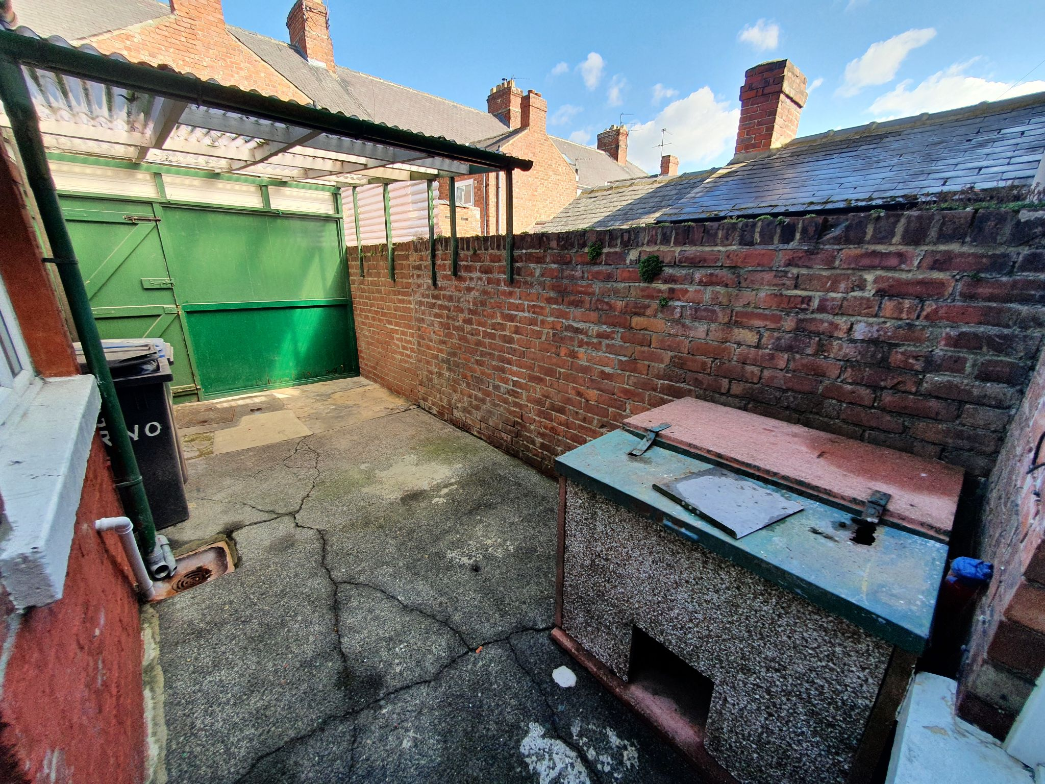 2 bedroom mid terraced house Let in Durham - Photograph 8.