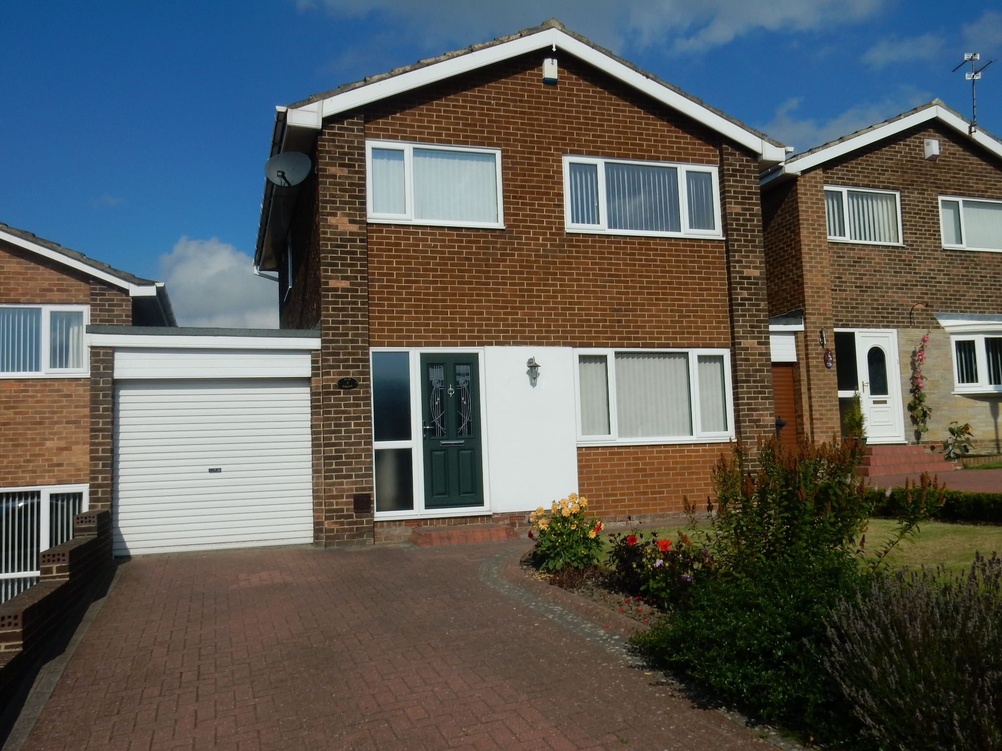 3 bedroom detached house For Sale in Durham - Photograph 12.