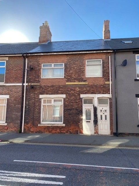 2 bedroom ground floor flat/apartment Available in Sunderland - Photograph 8.