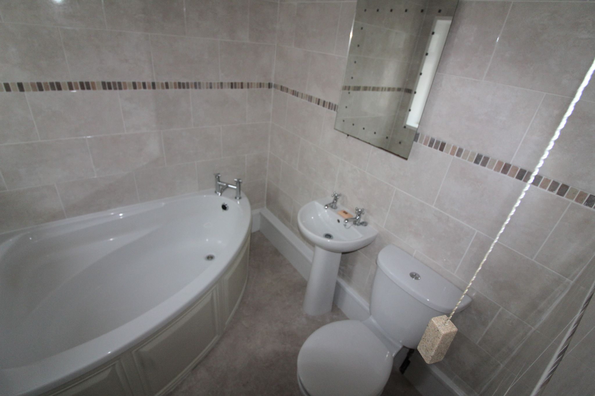 3 bedroom mid terraced house For Sale in Crook - Photograph 21.