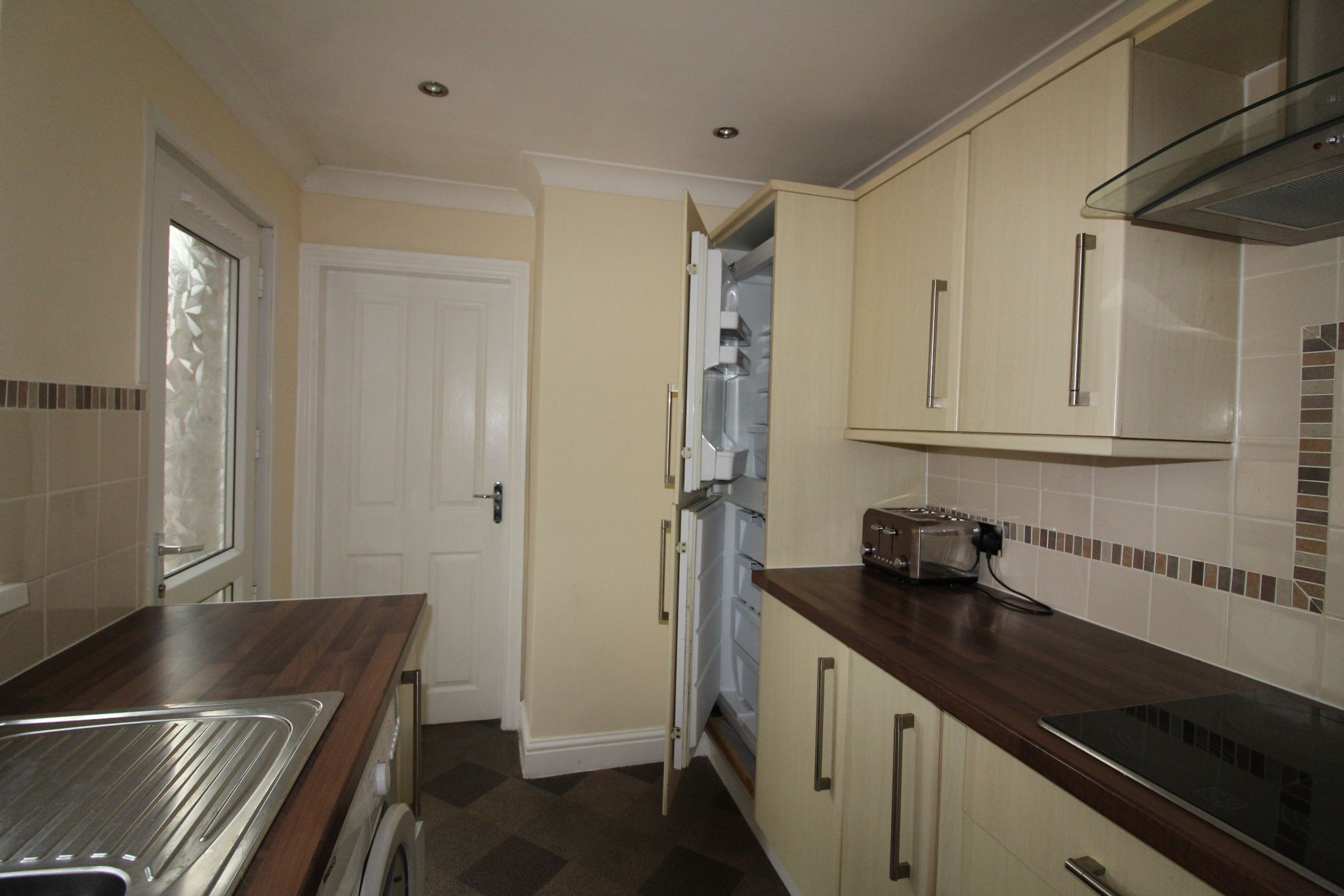 3 bedroom mid terraced house For Sale in Crook - Photograph 14.