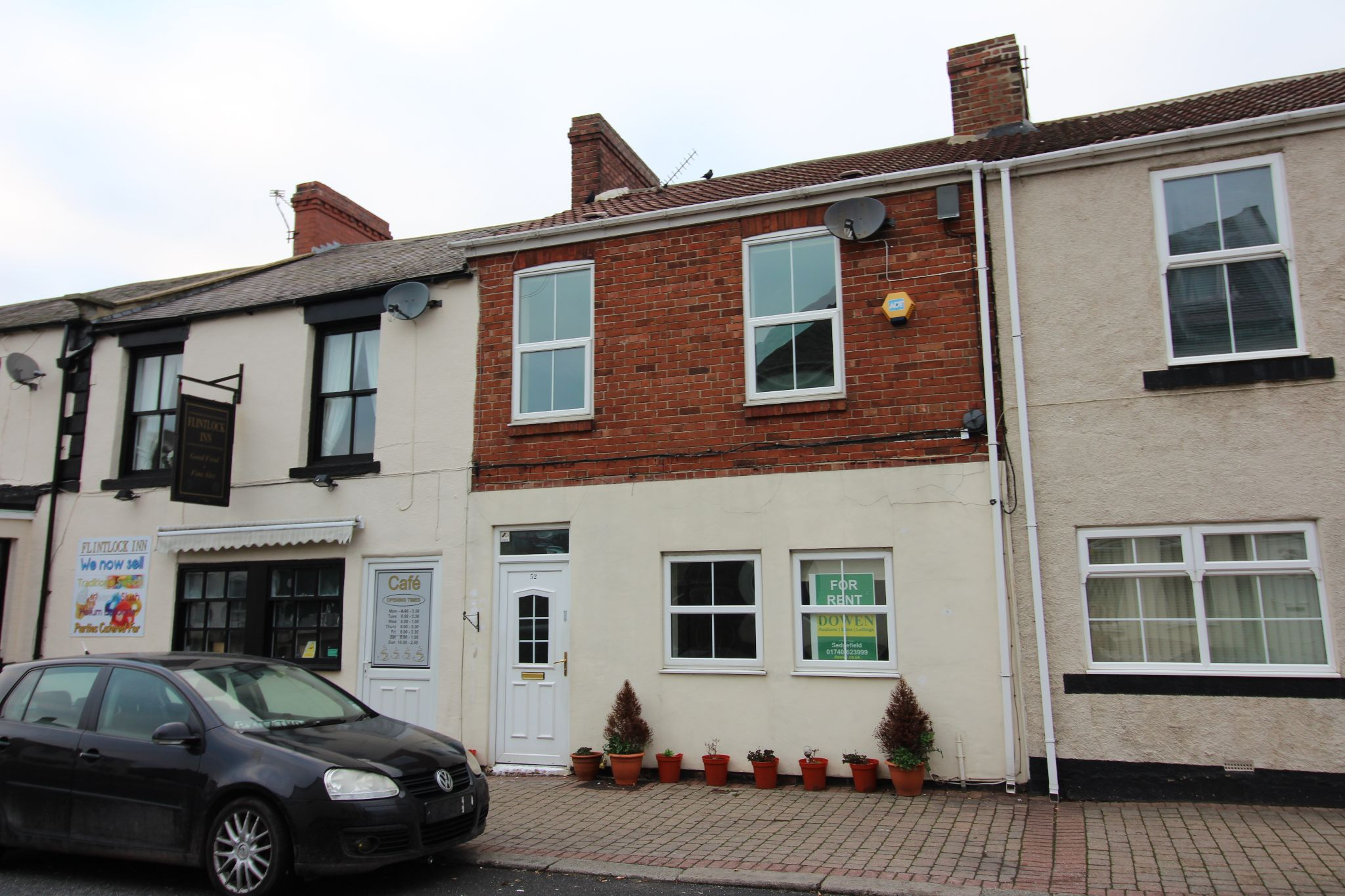 3 bedroom mid terraced house Let in West Cornforth - Photograph 1.