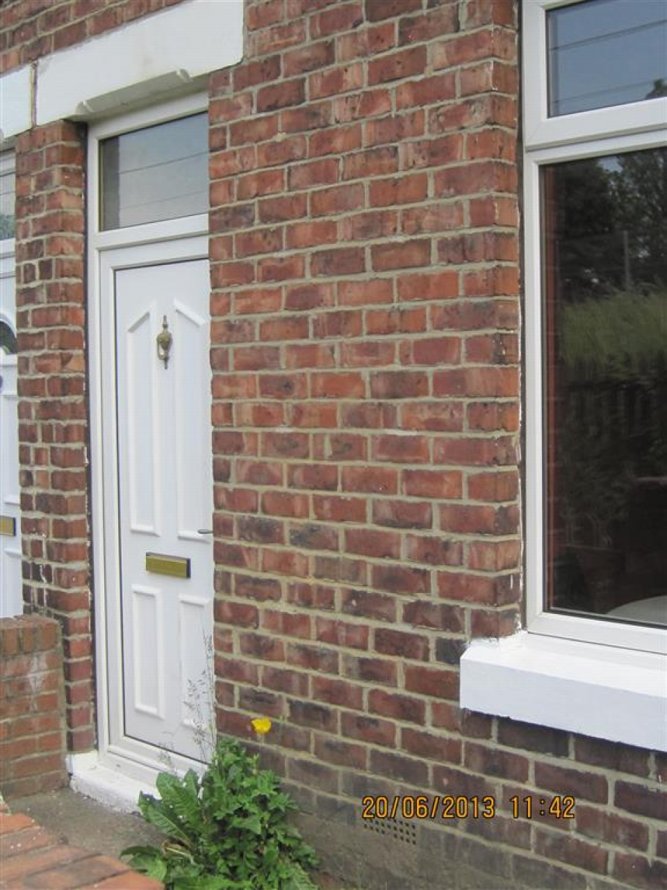 2 bedroom mid terraced house Let in Chester Le Street - Photograph 1.