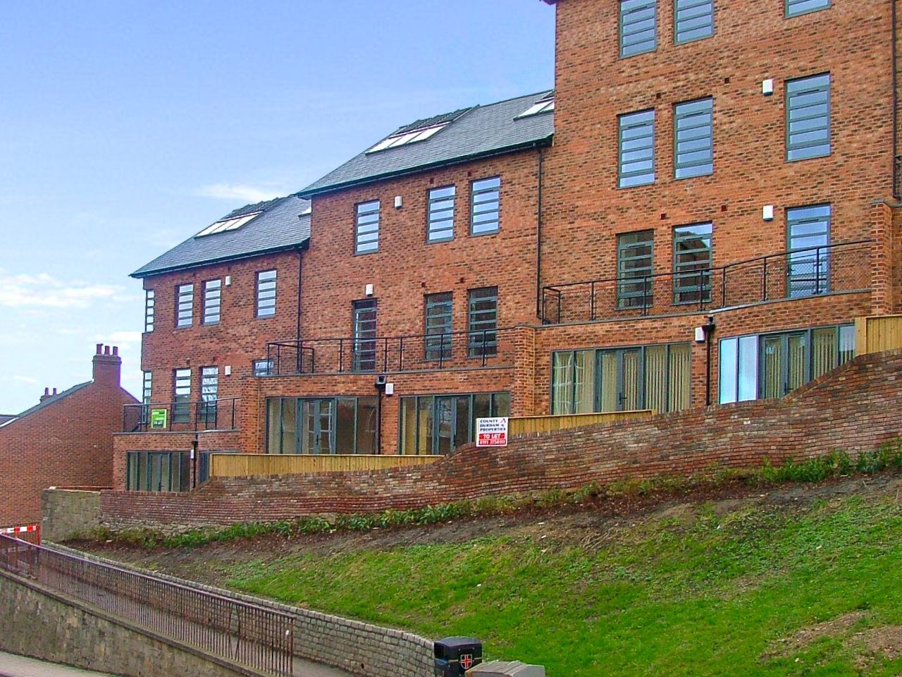 1 bedroom apartment flat/apartment To Let in Durham - Photograph 1.