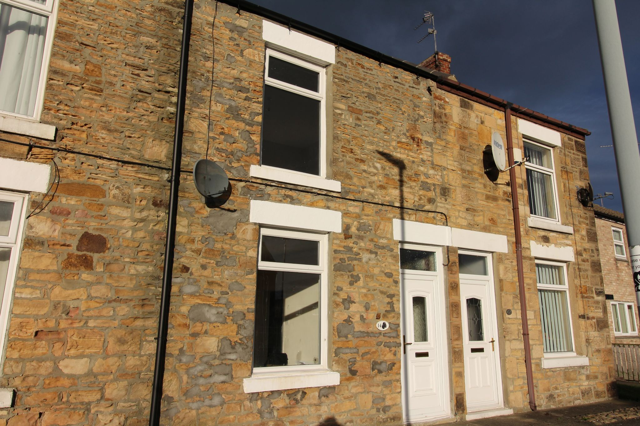 2 bedroom mid terraced house To Let in Bishop Auckland - Photograph 1.