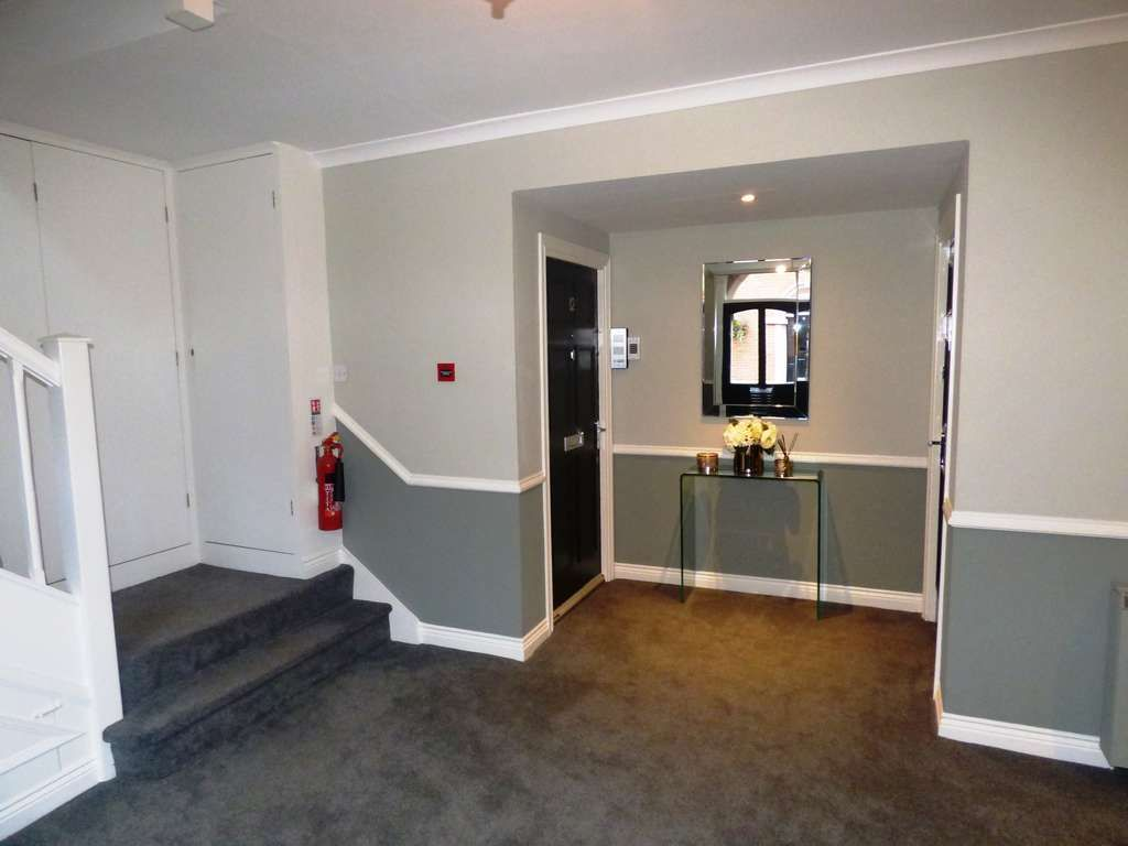1 Bedroom Apartment Flat/apartment For Sale - Photograph 27