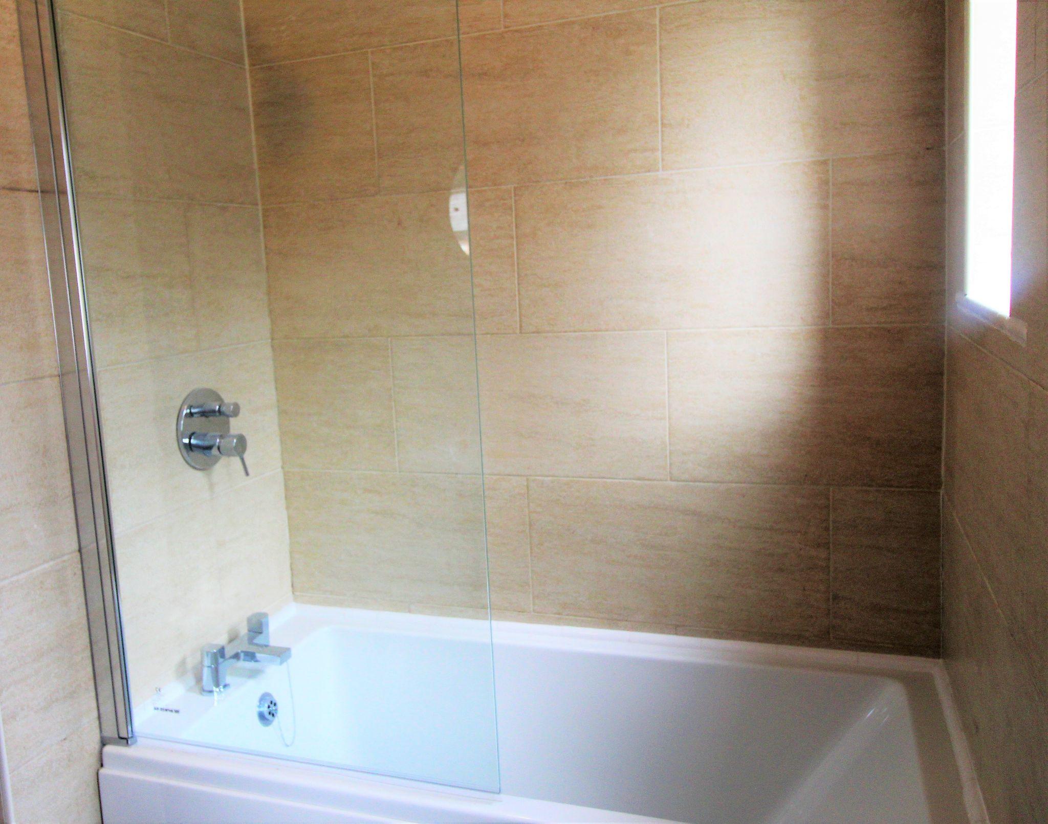3 Bedroom Detached House For Sale - Bathroom 2