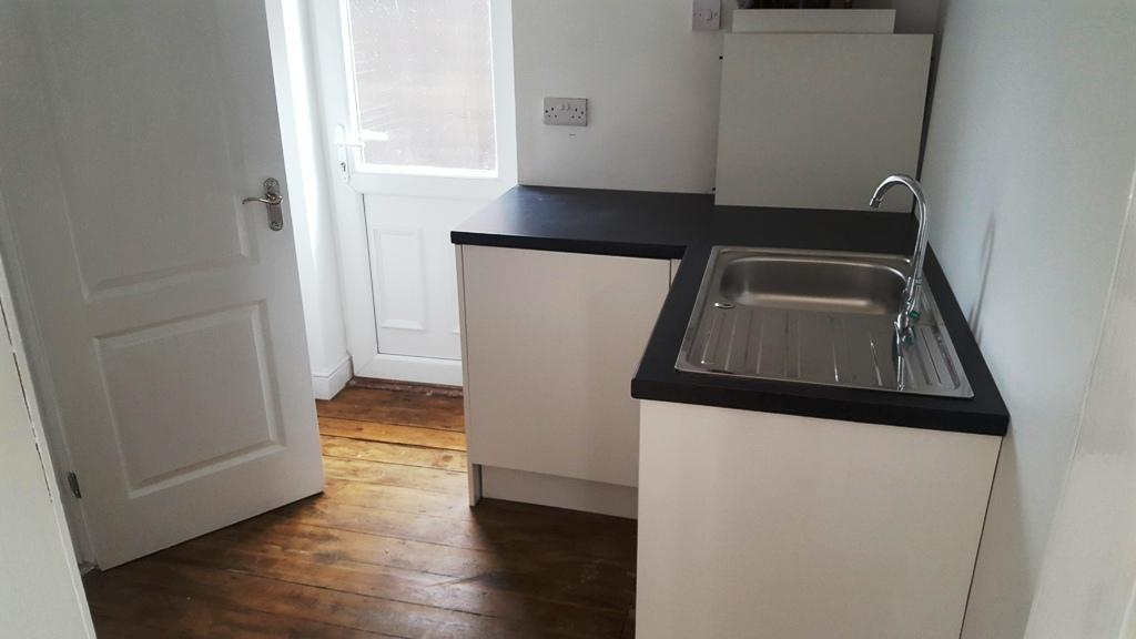 3 Bedroom Detached House For Sale - Laundry room