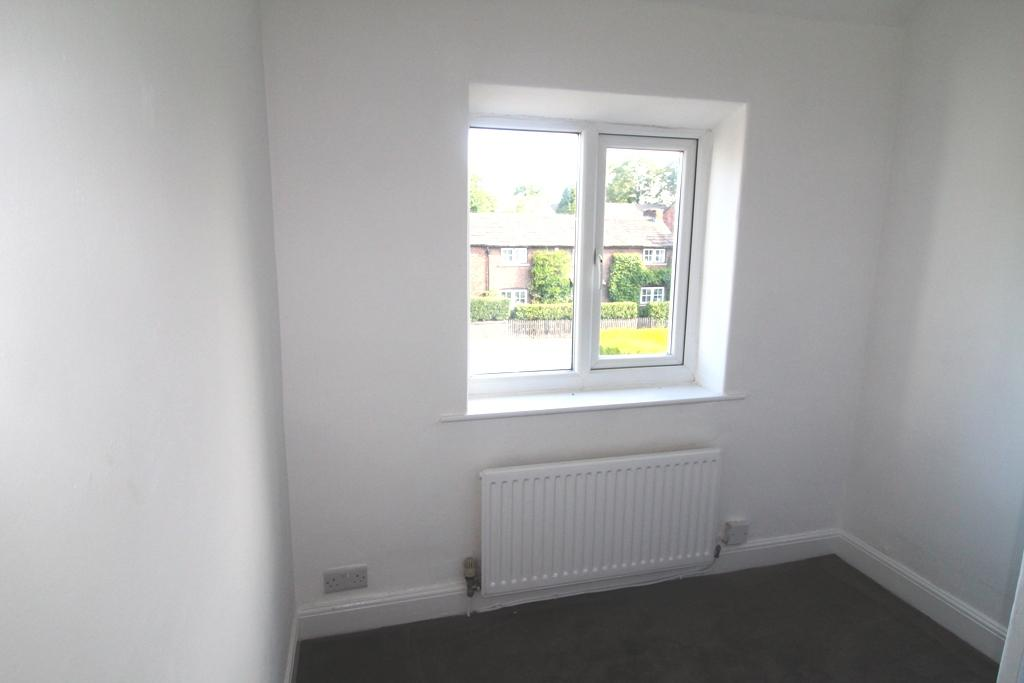 3 Bedroom Detached House For Sale - Small bedroom