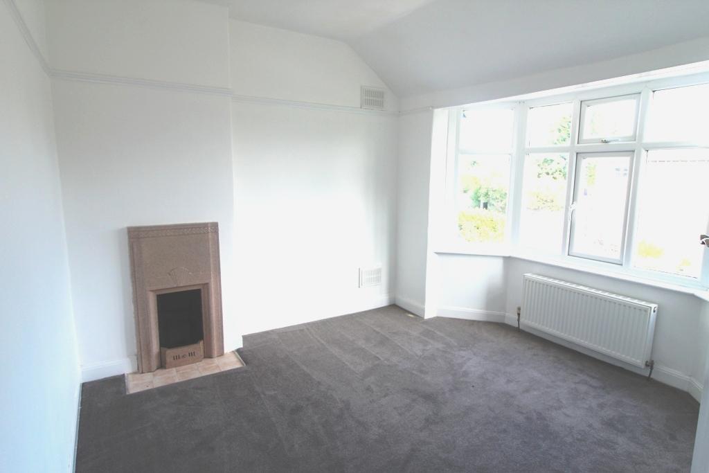 3 Bedroom Detached House For Sale - Master Bedroom