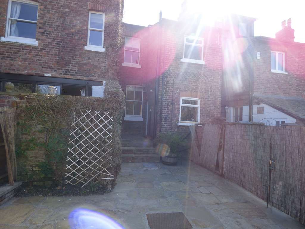 2 Bedroom Mid Terraced House For Sale - Photograph 25