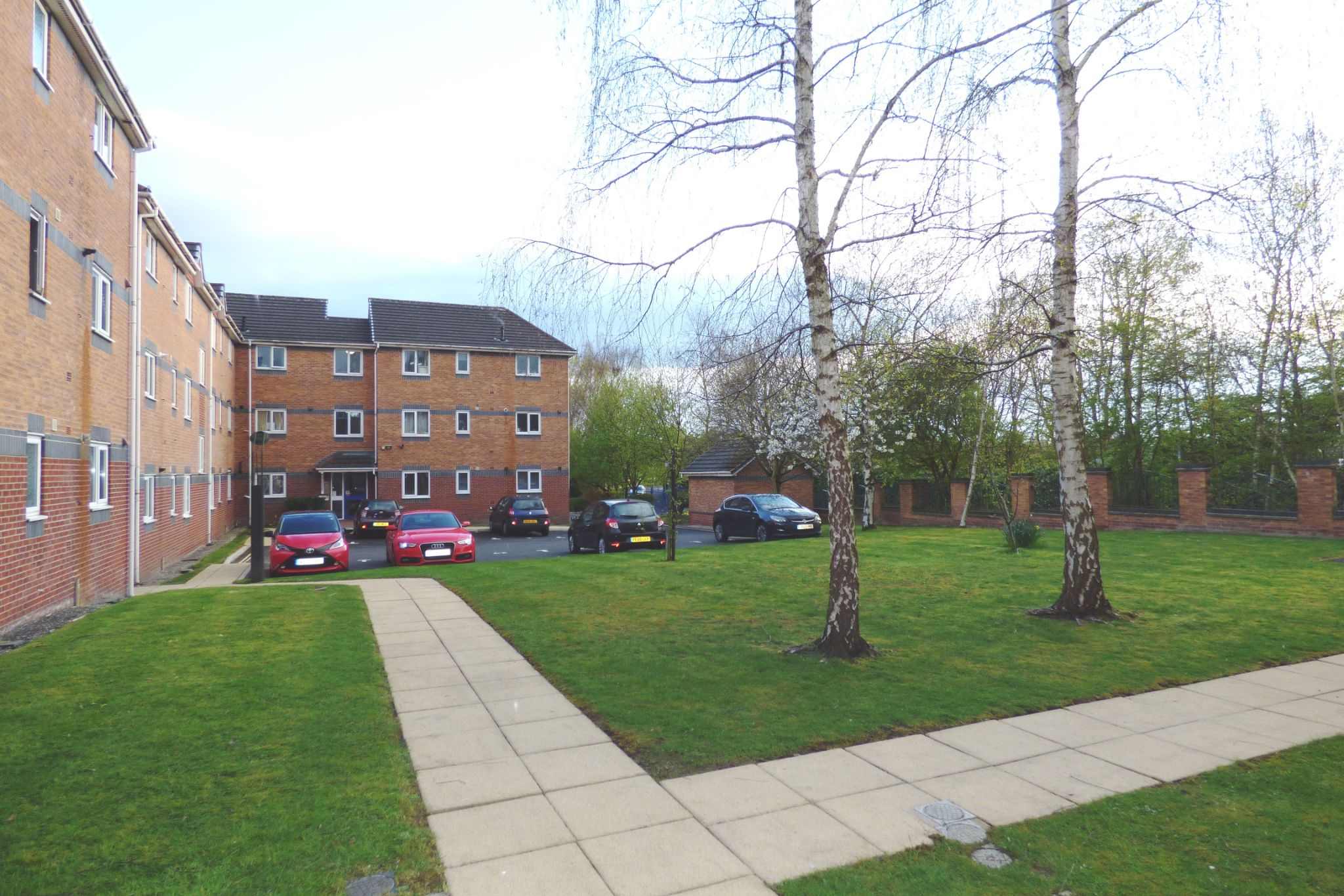 1 Bedroom Apartment Flat/apartment For Sale - Photograph 11