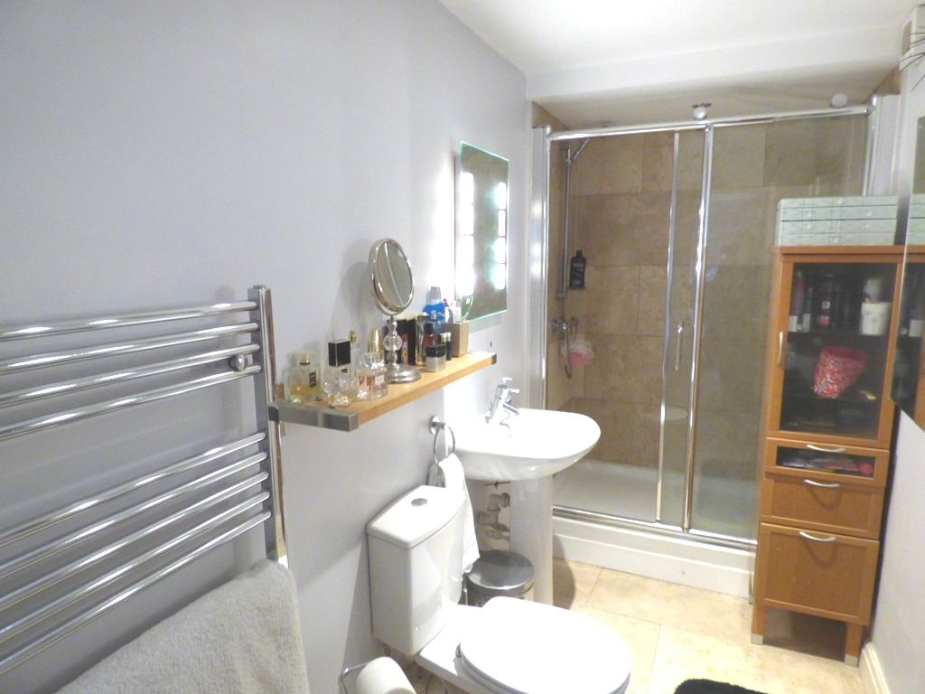 2 Bedroom Mid Terraced House For Sale - Photograph 12